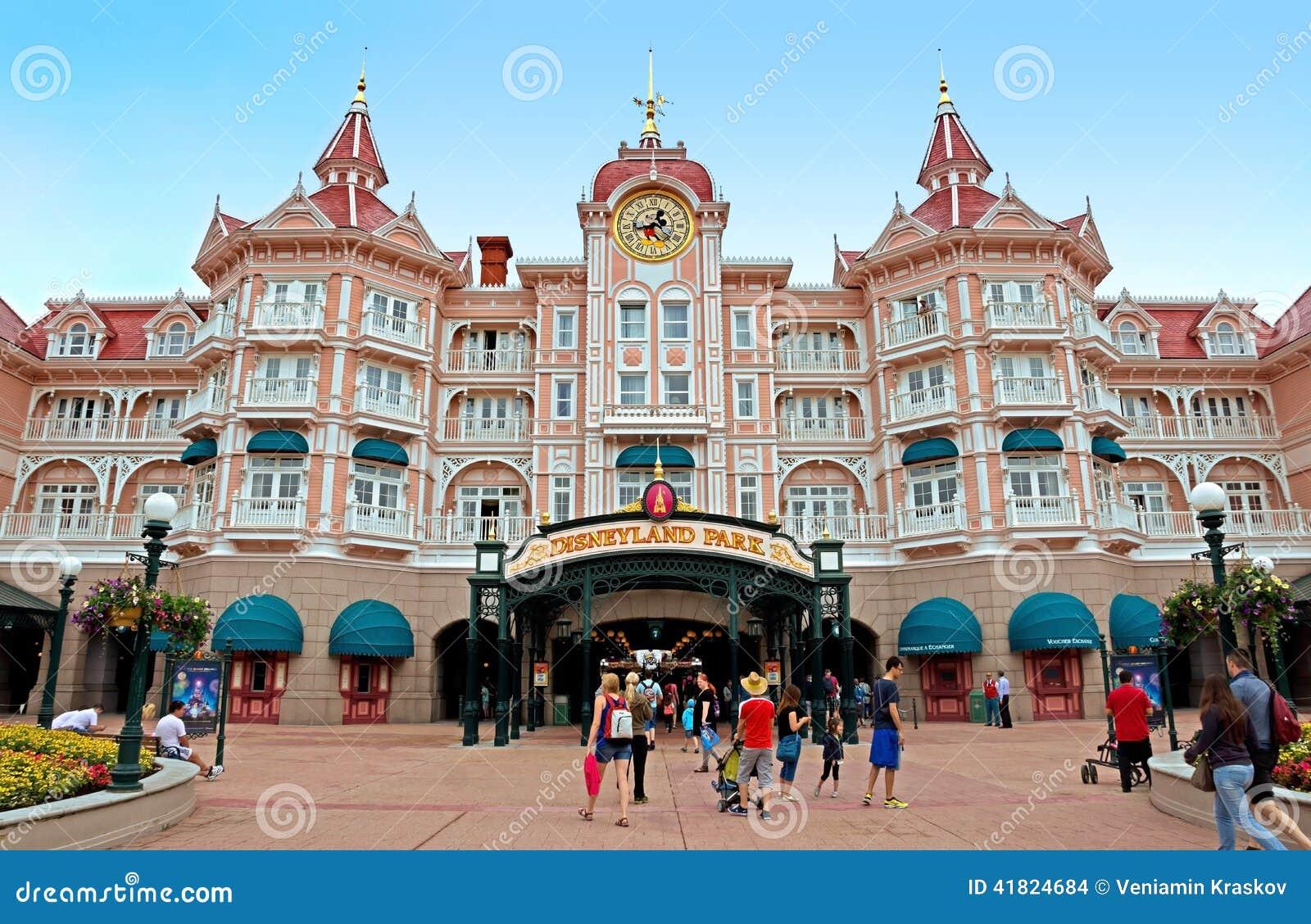 Disneylândia - entrada principal ao parque