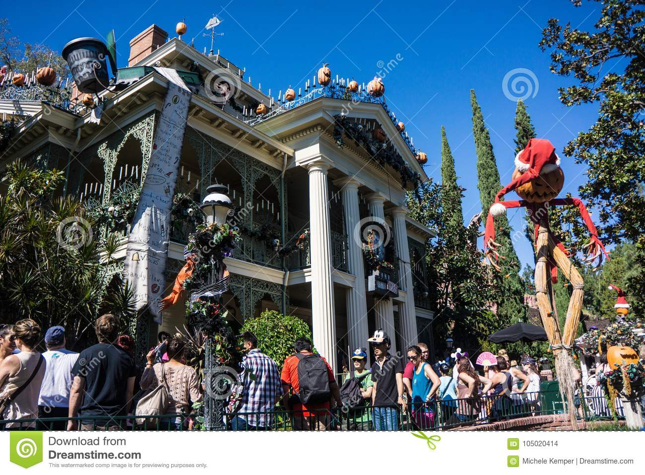 55 Disney Haunted Mansion s Free & Royalty Free Stock