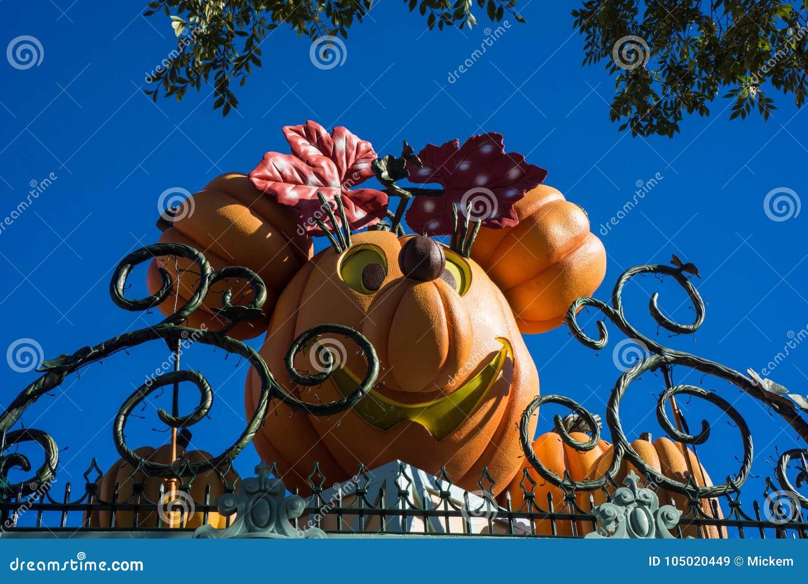 Disneyland Halloween Decor Minnie Mouse