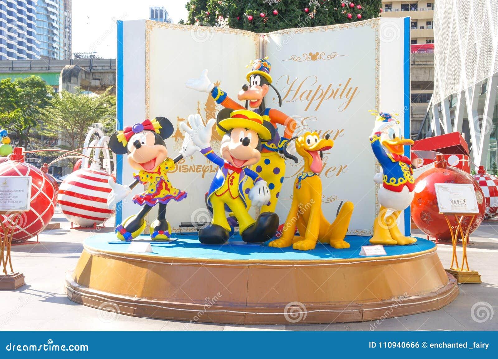 Disneyland Karaktermascottes van Mickey Mouse en vrienden