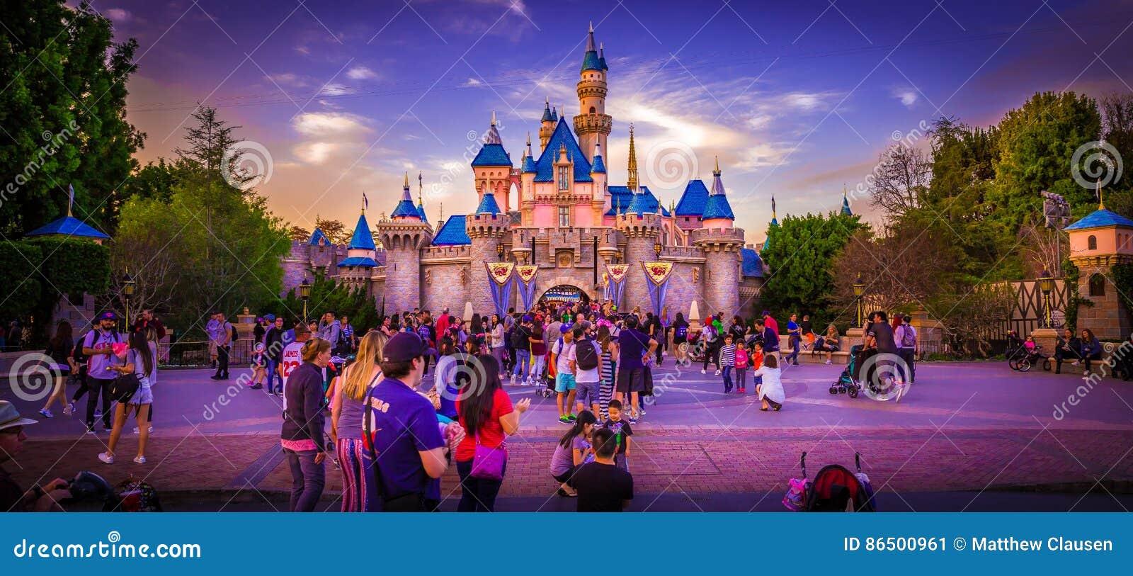 Disneyland-Schloss