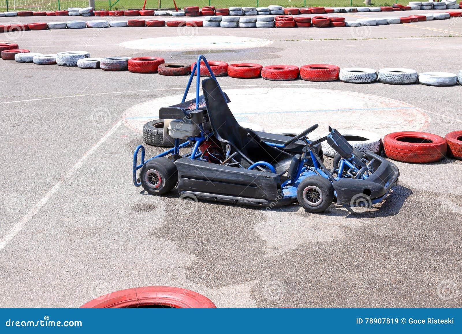 Disparaissent le véhicule de kart