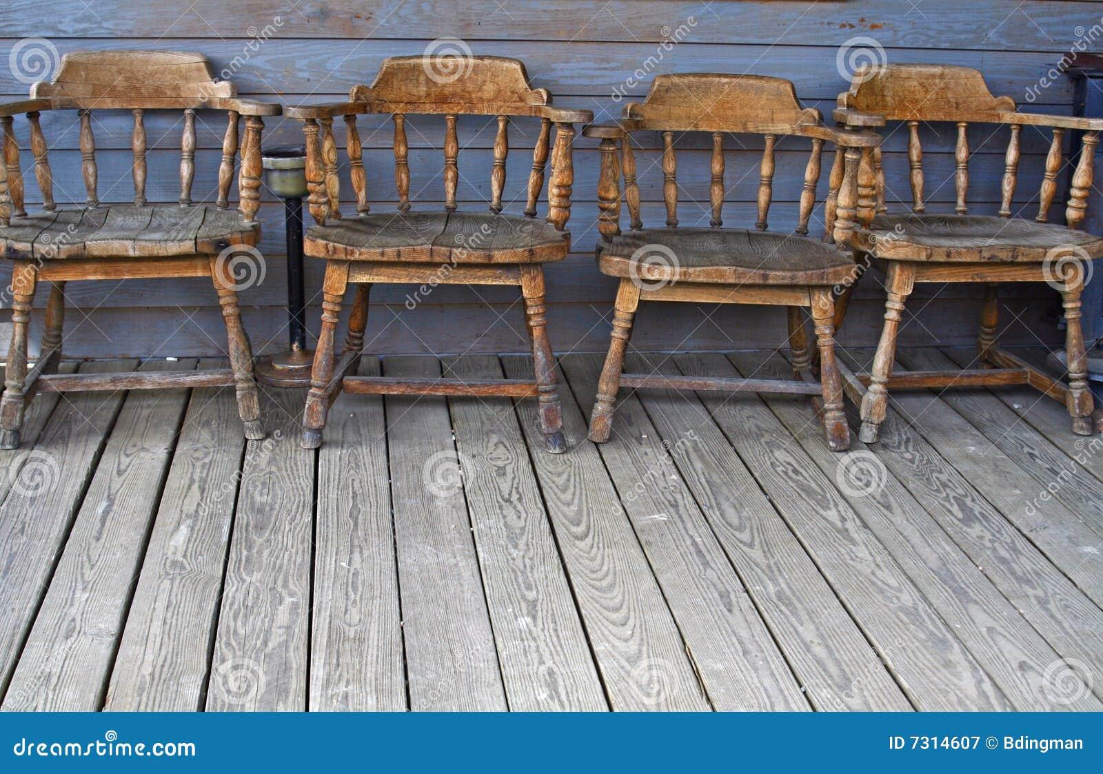 Disponga si siedono a