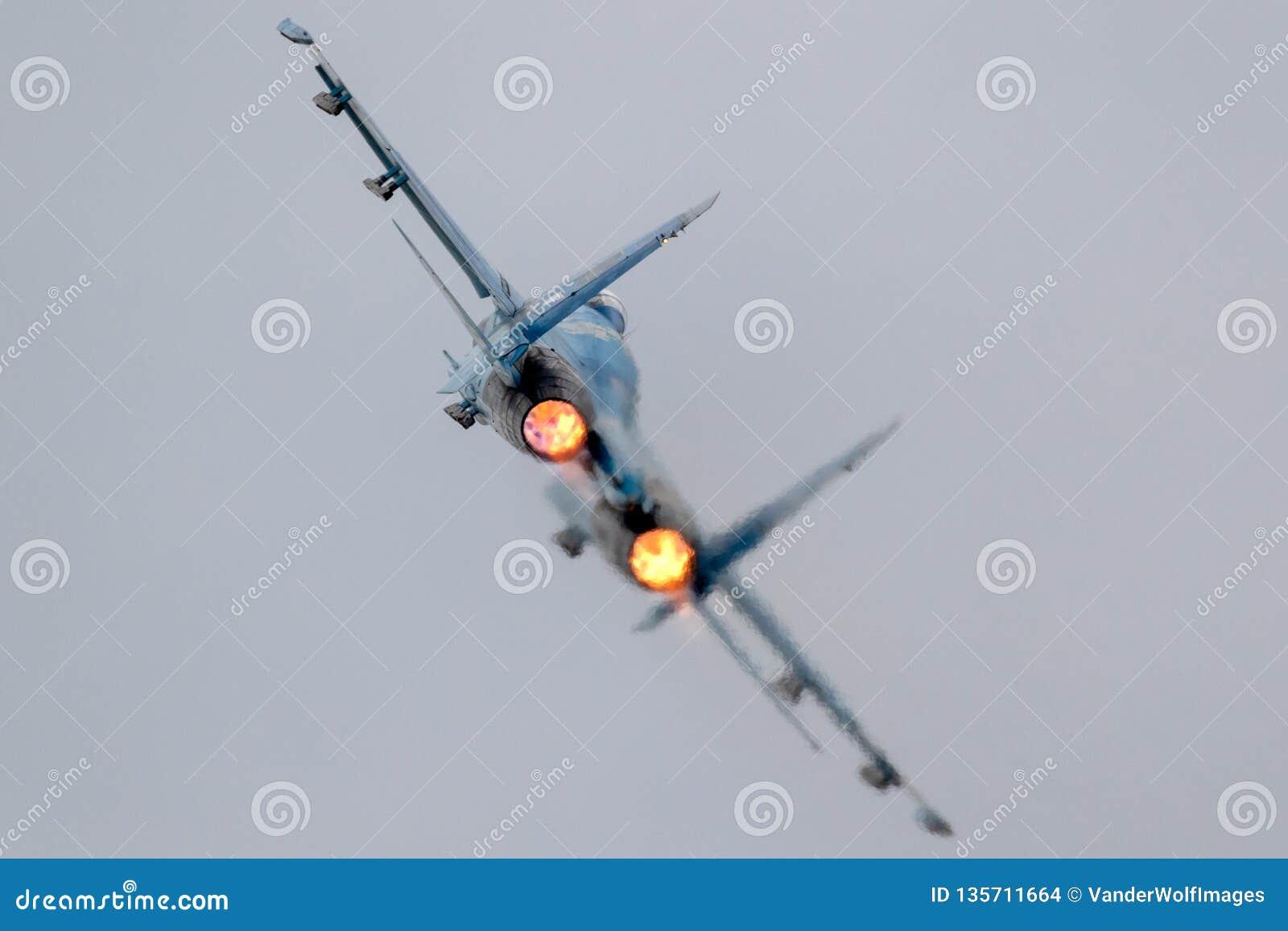 Dispositivo de pós-combustão completo do avião de combate para decolar