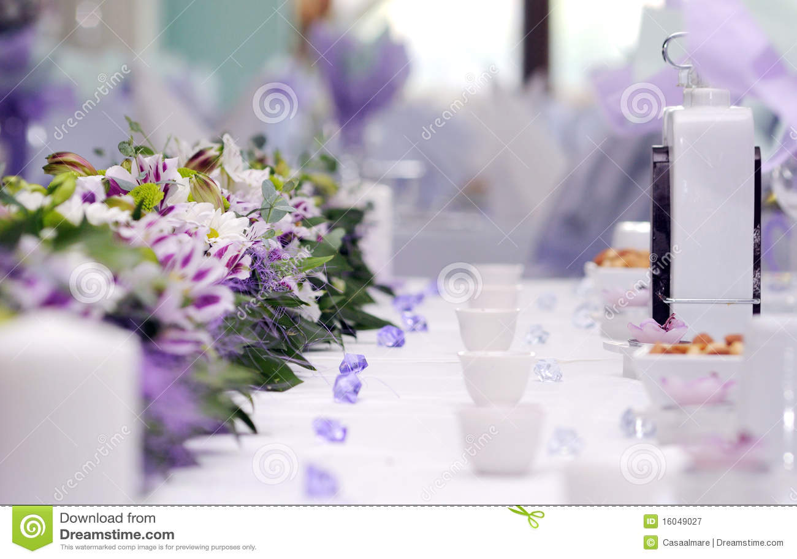 Disposizione di approvvigionamento della cerimonia nuziale