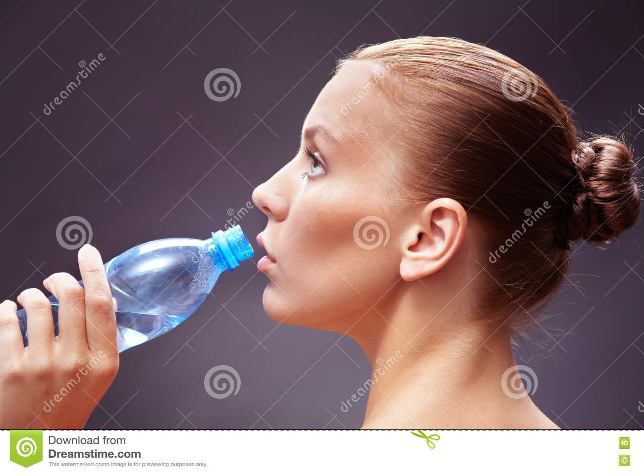 Pouring Distilled Water Into A Clear Glass At A Restaurant Stock Photo ...
