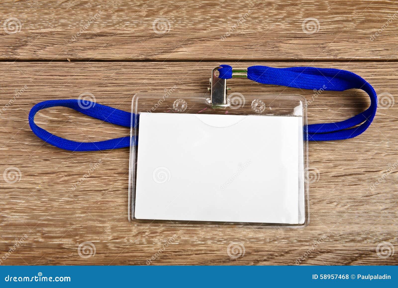 Distintivo della carta di identificazione con cavo