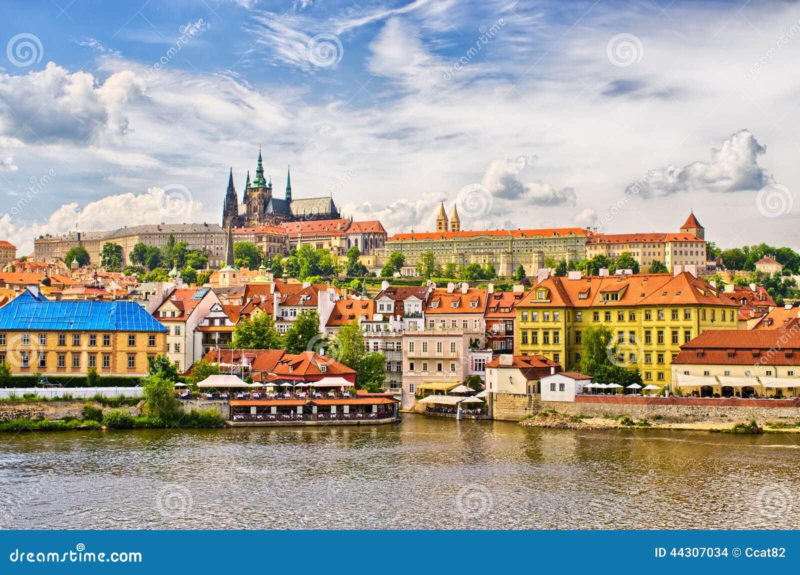 Distrito de Moldava y de Hradcany en Praga, República Checa
