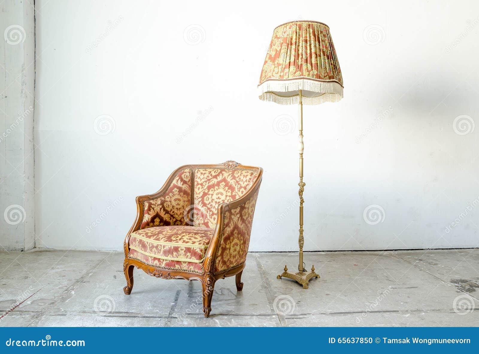 Divan classique royal de sofa de fauteuil de style