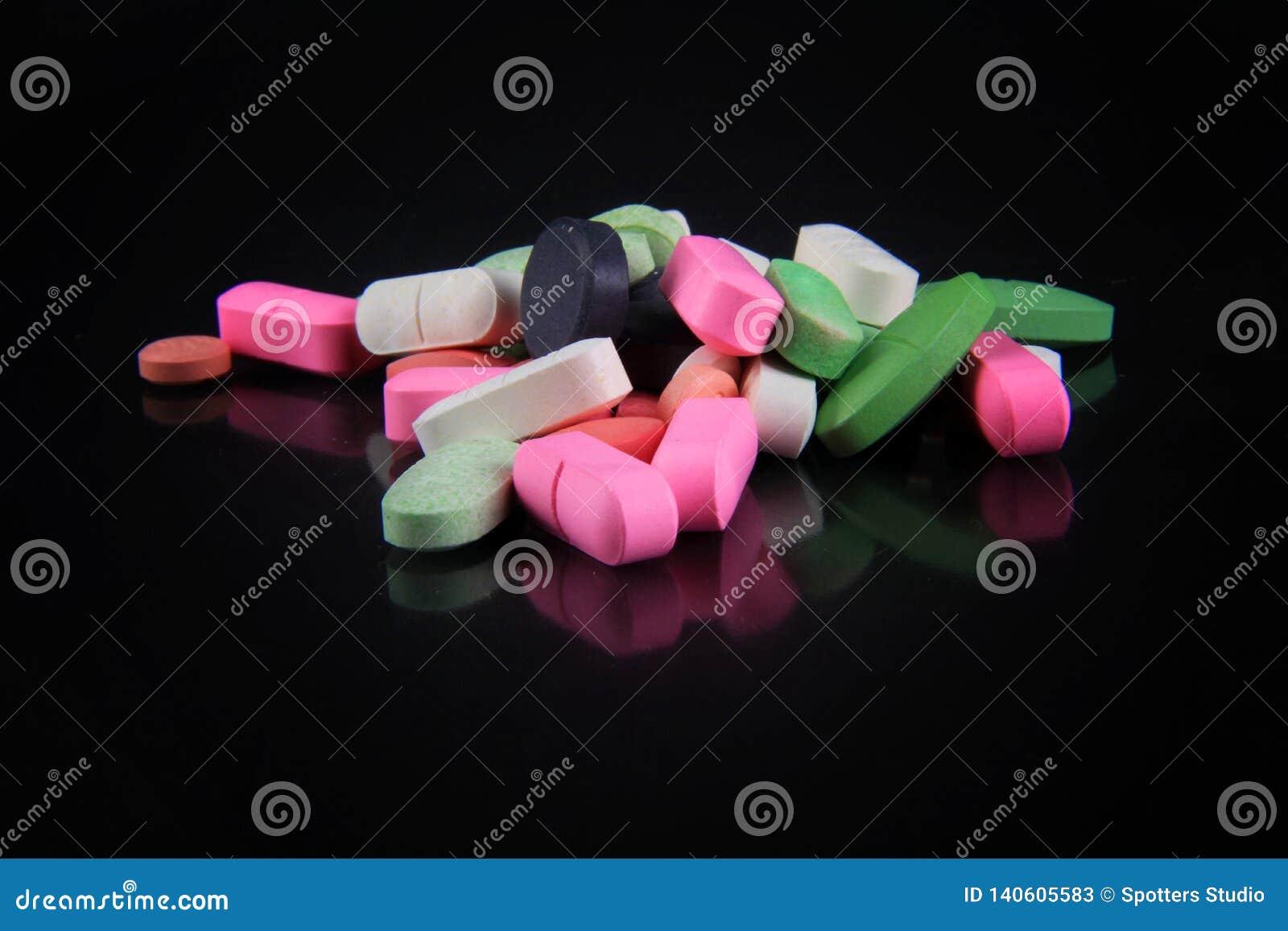 Divers types de drogues pour les maladies