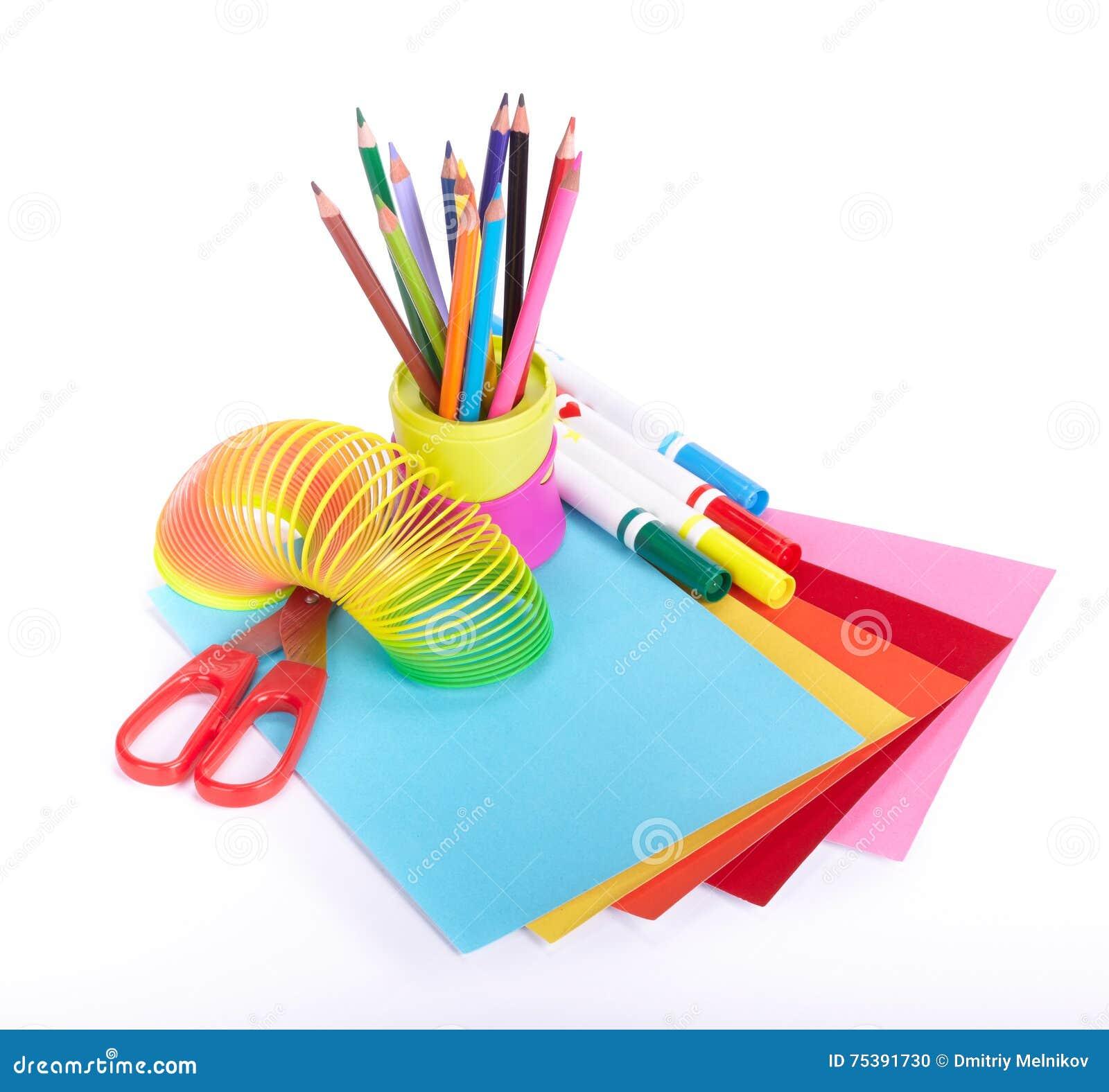 Diverse schooltoebehoren aan de creativiteit van kinderen