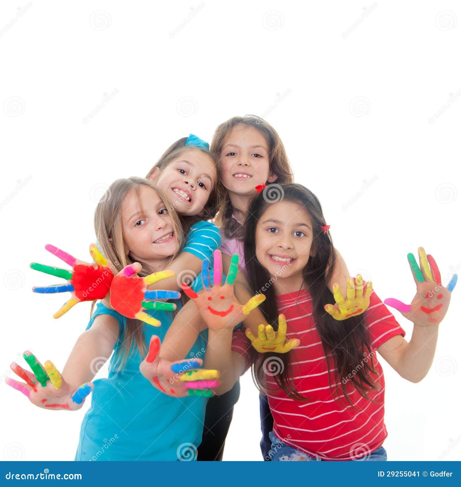 Diversión de la pintura de los niños