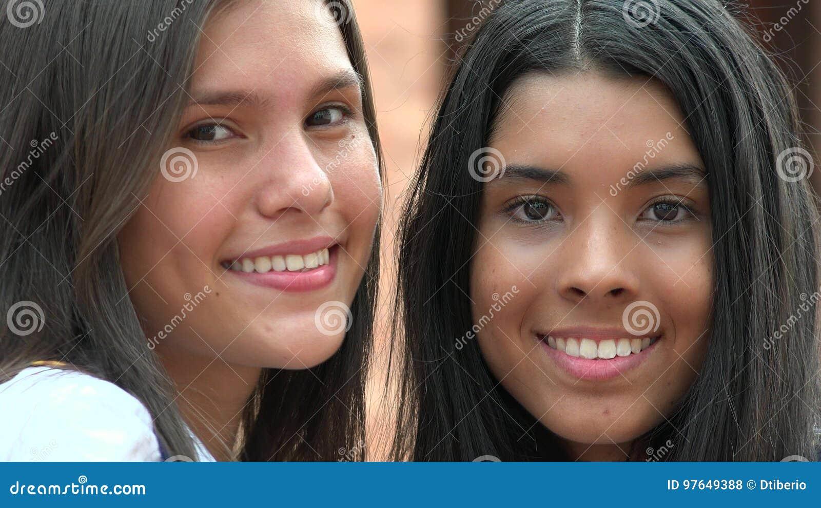 Diversidad Sonriente De Las Caras Bonitas Foto De Archivo Imagen