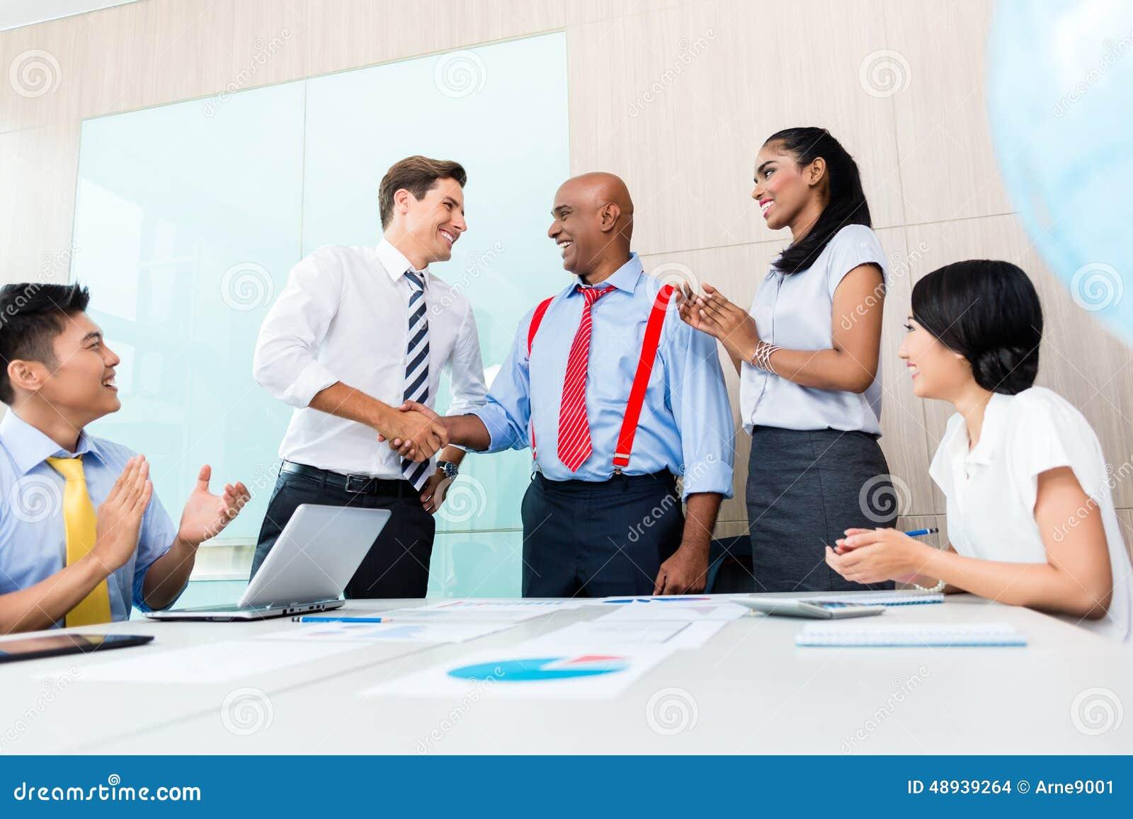 Managing Groups and Teams/Diversity