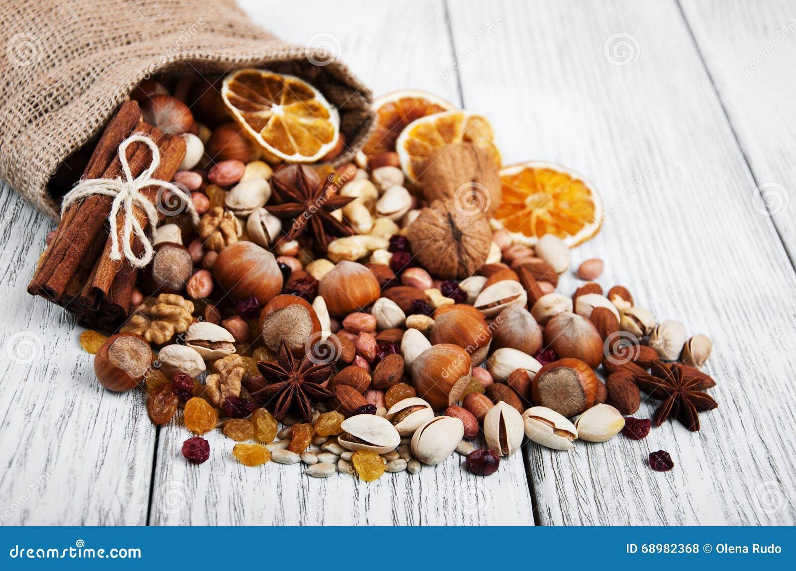 Diversos tipos de nueces