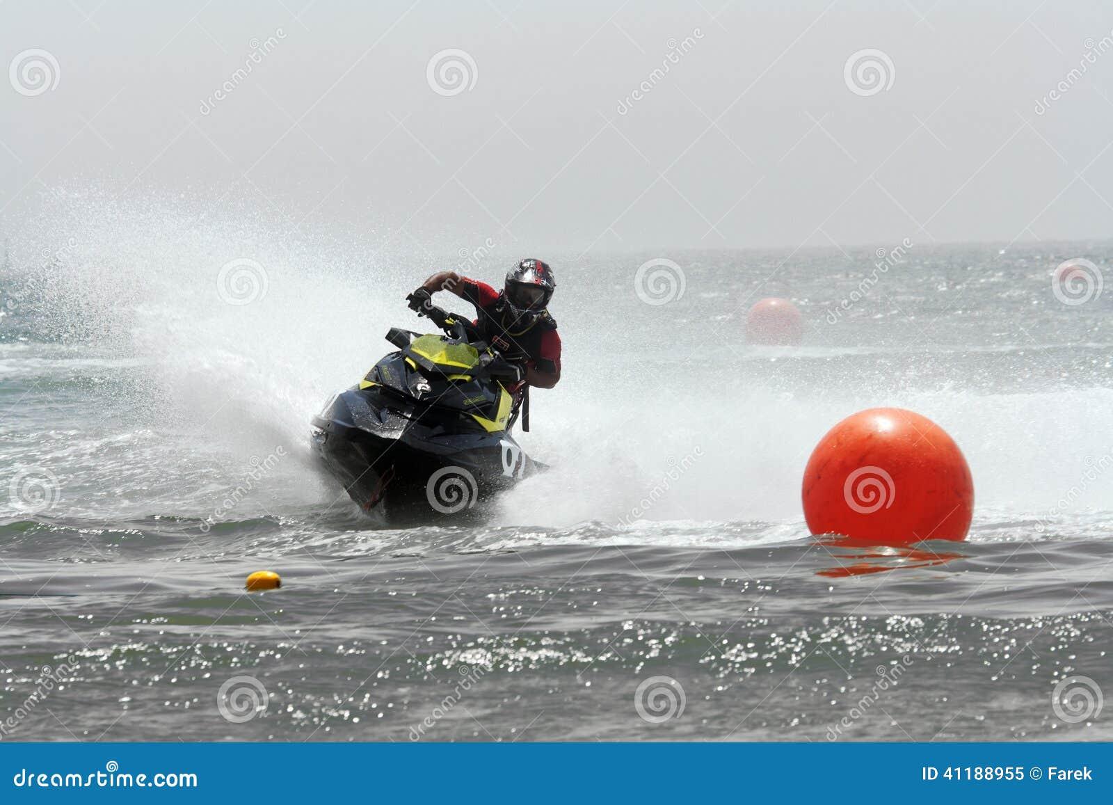 Divertimento rápido na água