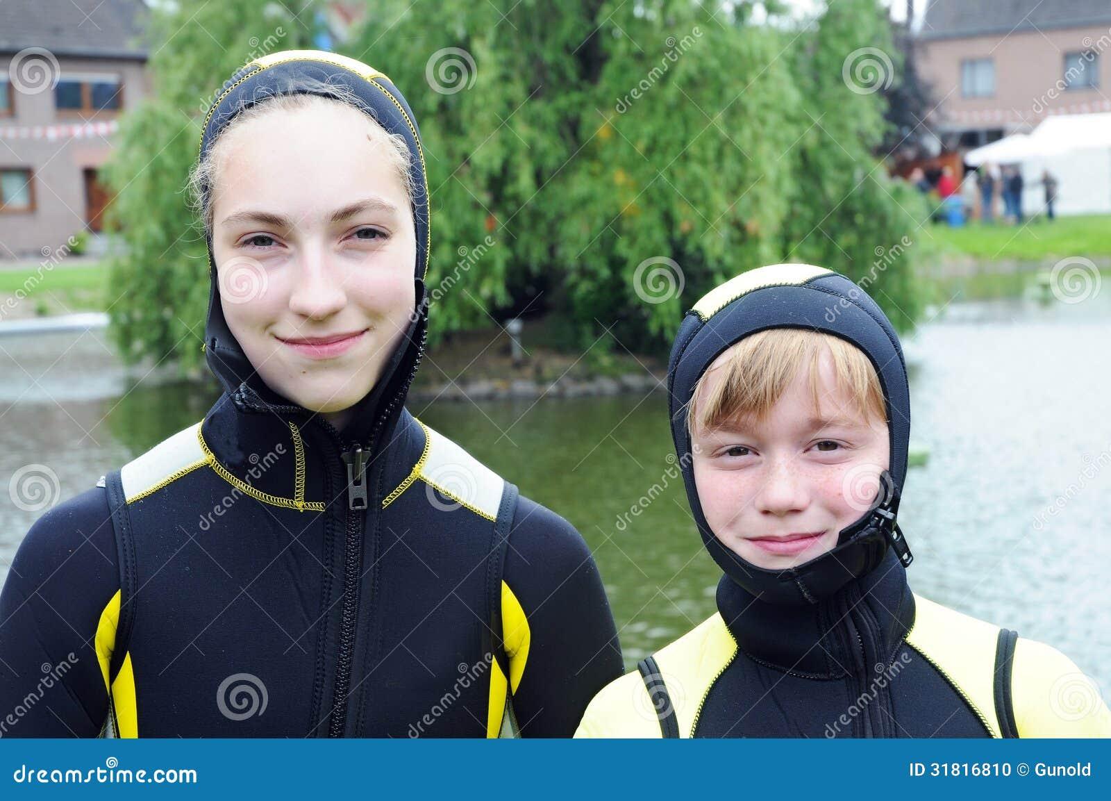 Diving children stock photo image of swim swimming 31816810 for Children s swimming pool wetsuit
