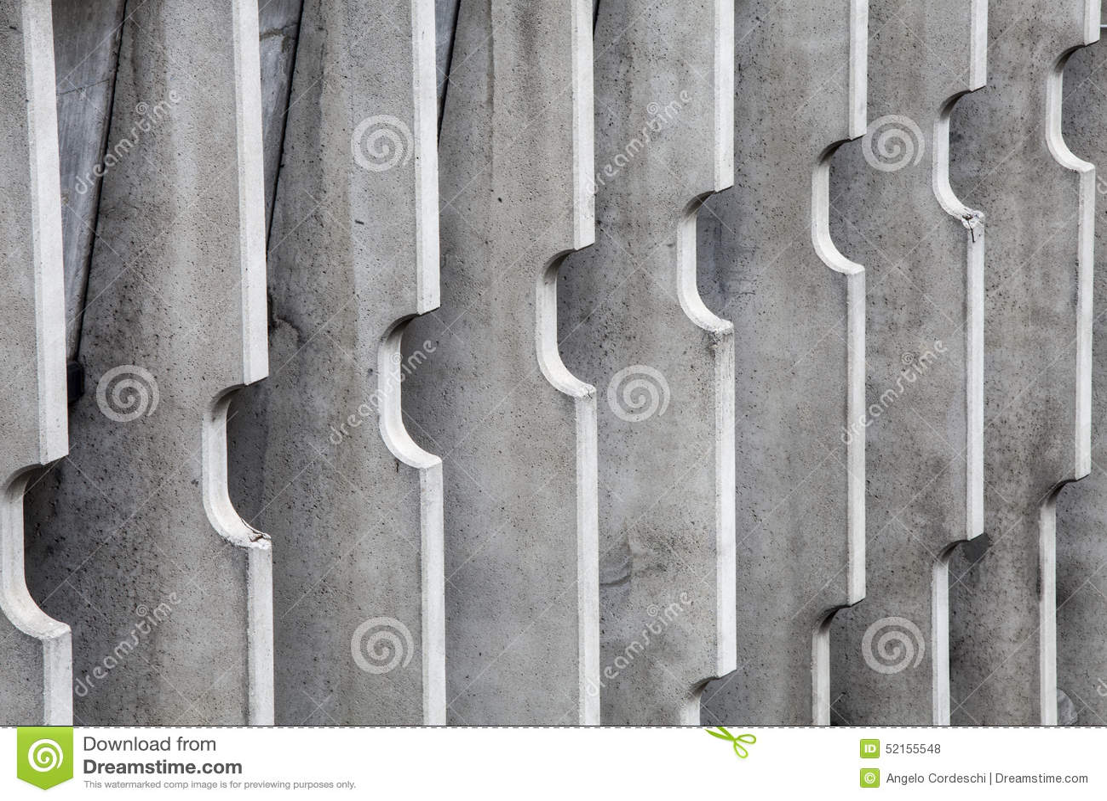 Divisores concretos Edificio moderno de las rayas verticales
