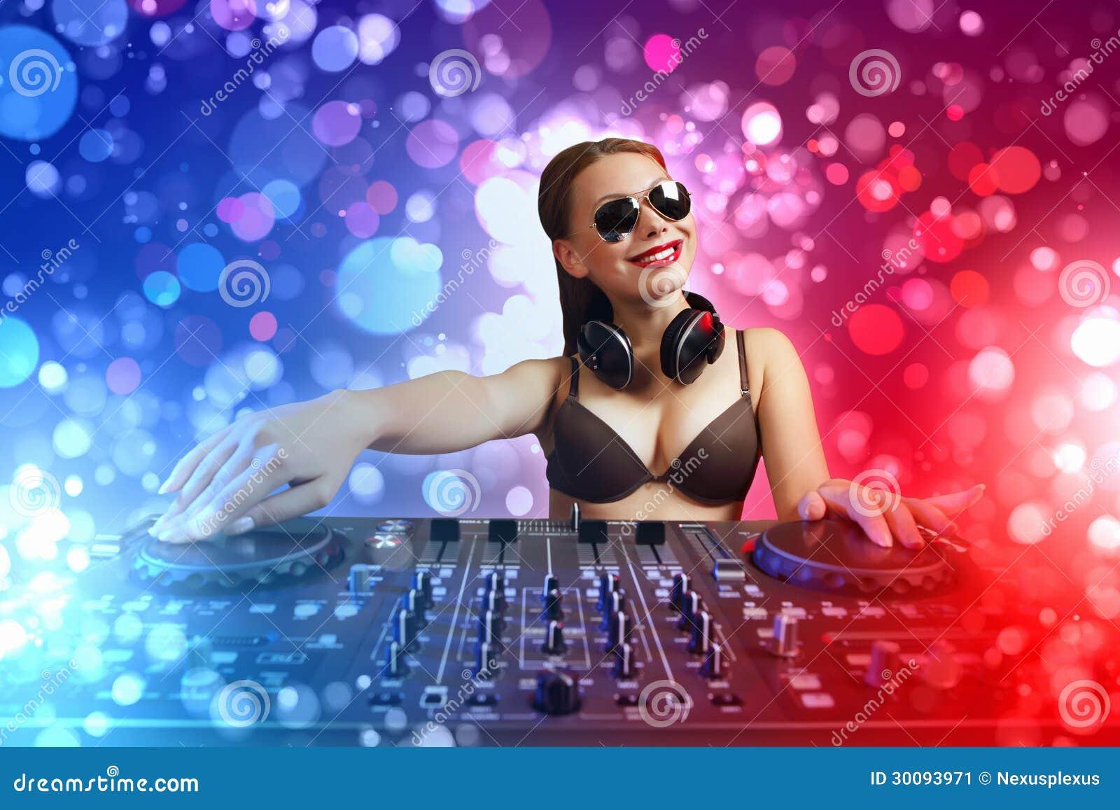 DJ e misturador