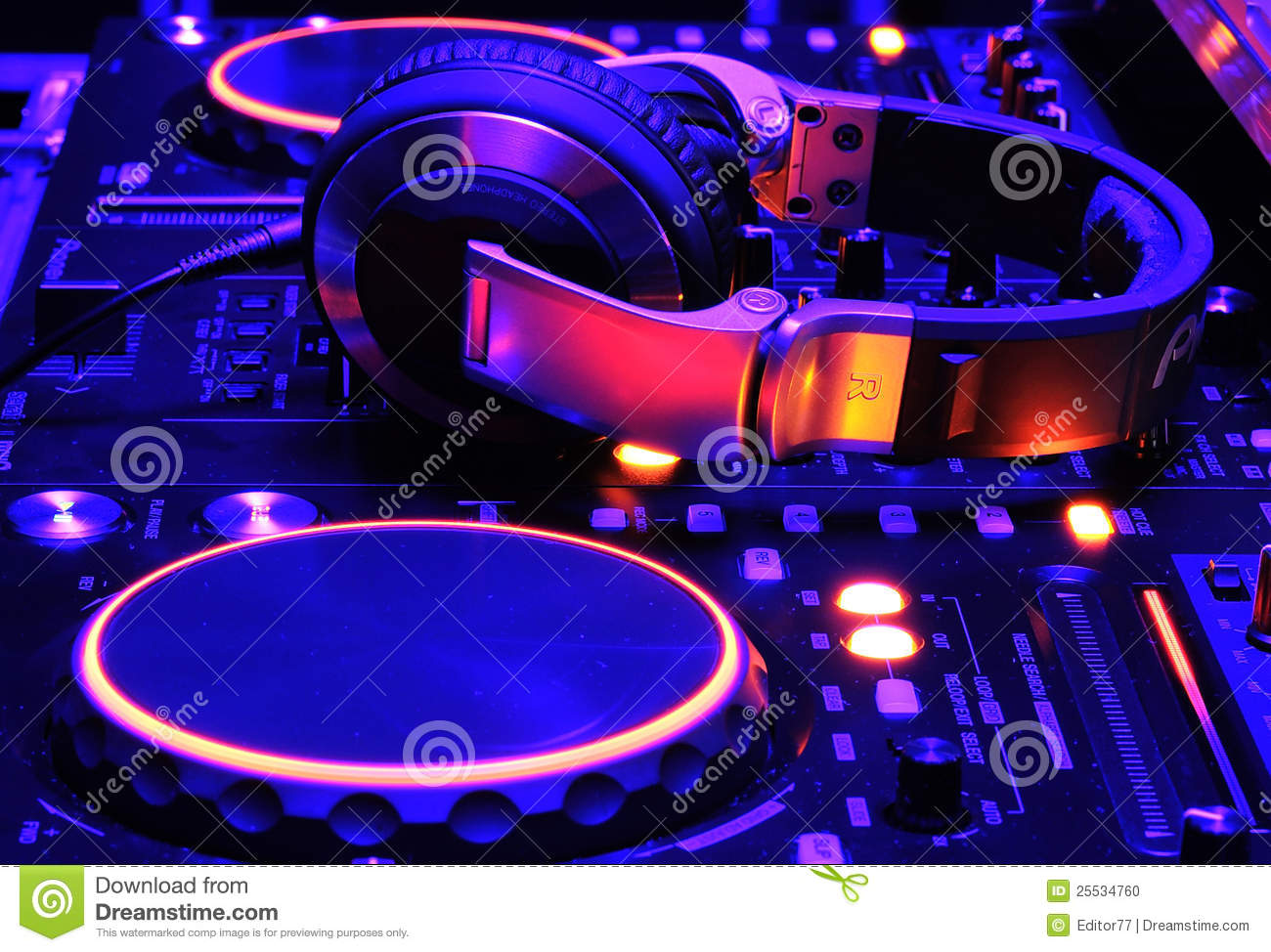 dj mixer console at work stock photo image of lights 25534760. Black Bedroom Furniture Sets. Home Design Ideas