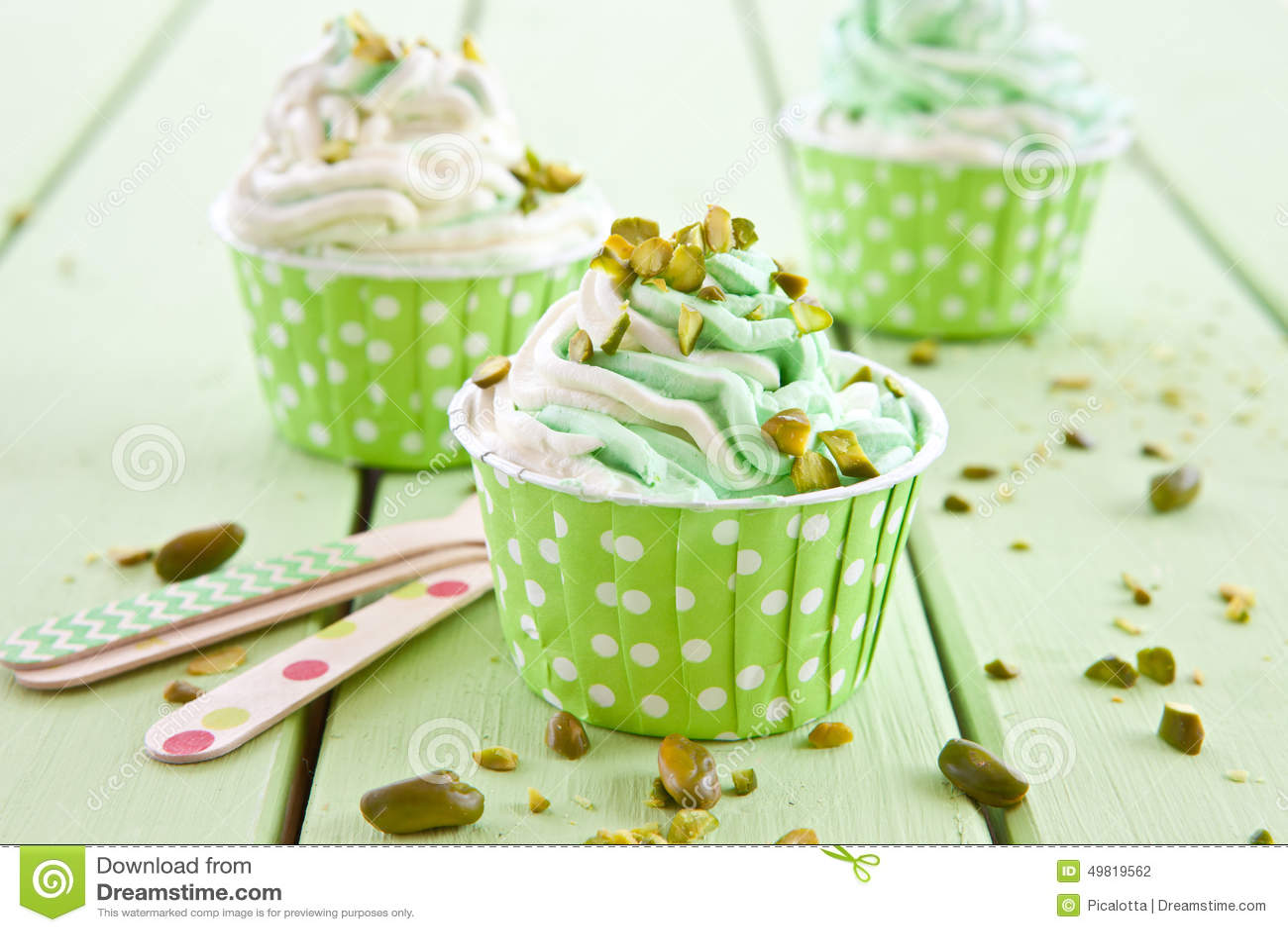 Djupfryst yoghurt med den nya pistaschen