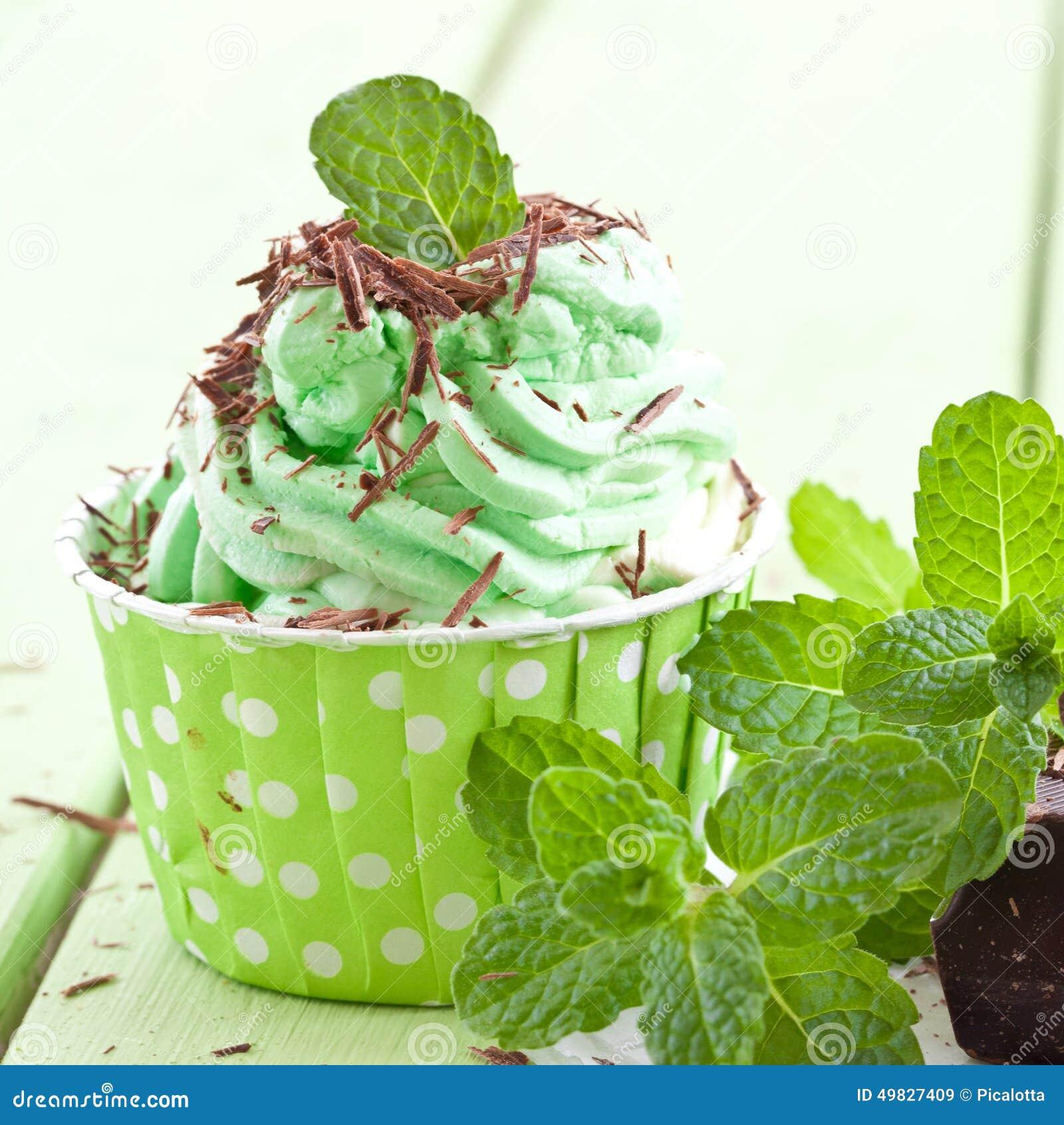 Djupfryst yoghurt med mintkaramellen