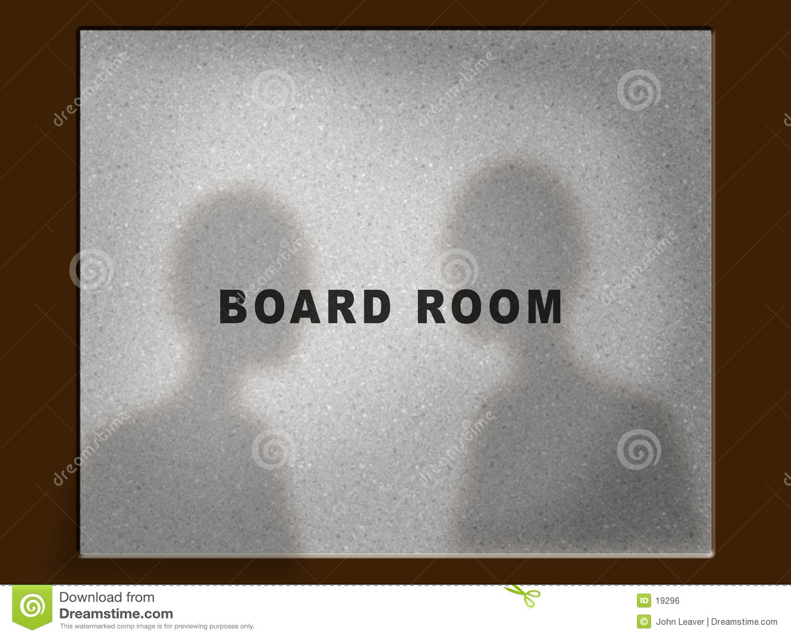 Do drzwi pokoju zarządu