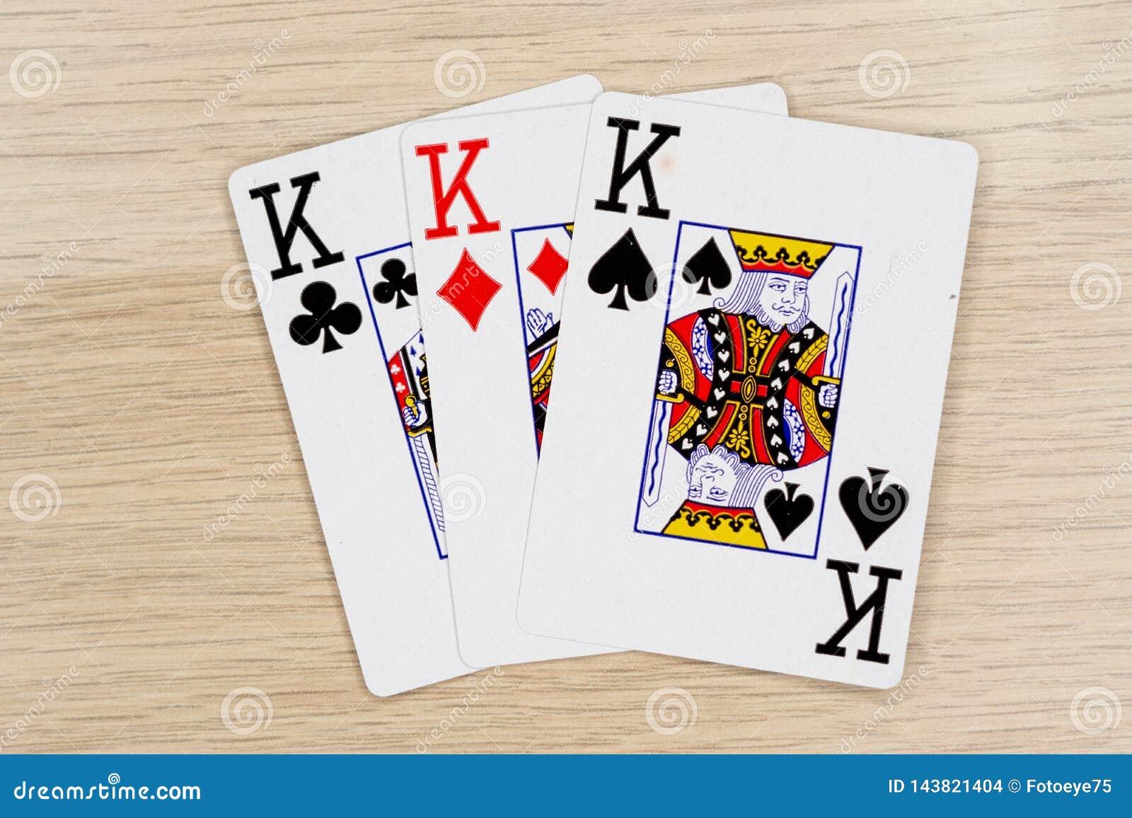 3 do reis amáveis - casino que joga cartões do pôquer