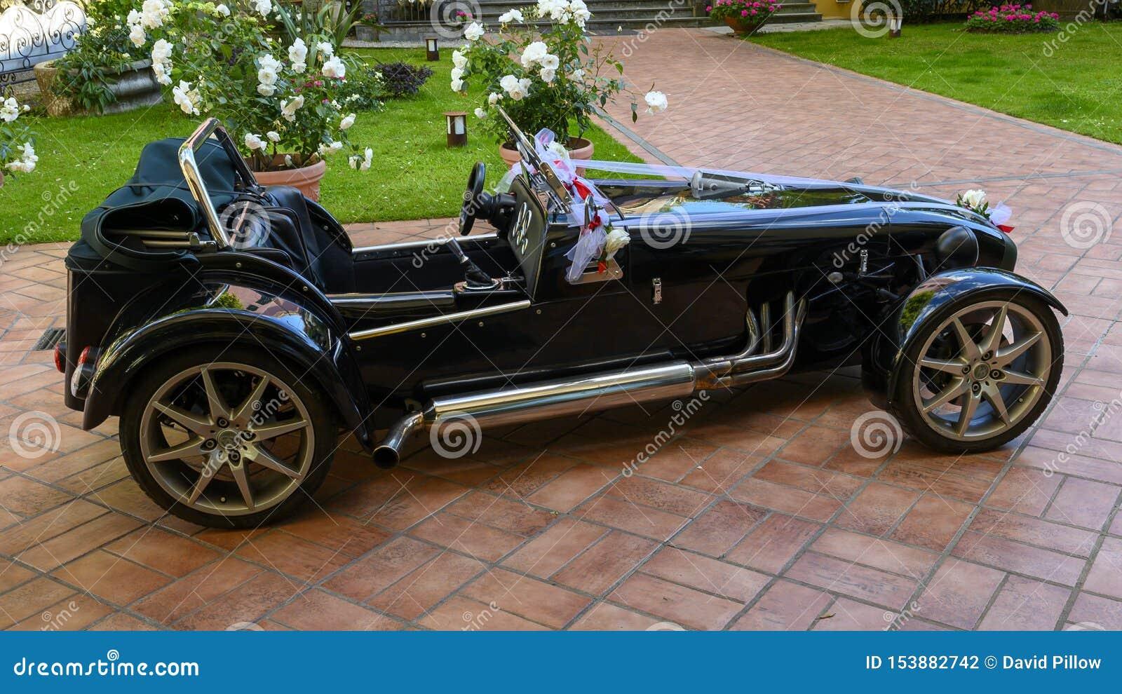 Do wynajęcia terenówka kabriolet z łękami dla ślubu, Camogli, Włochy