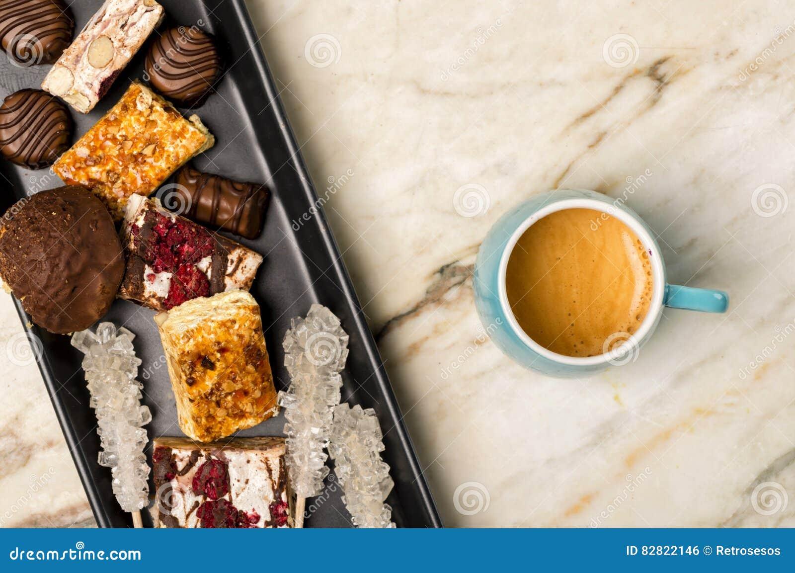 Doces e café do café