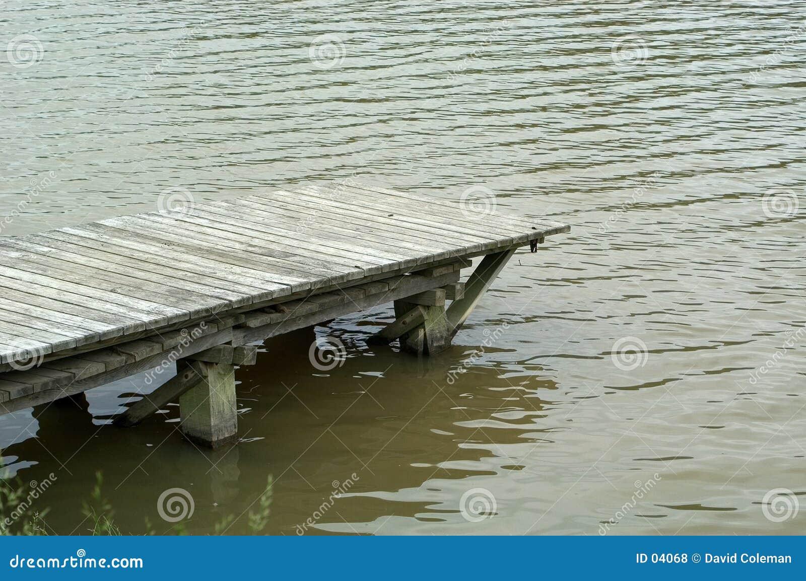 Dock im See