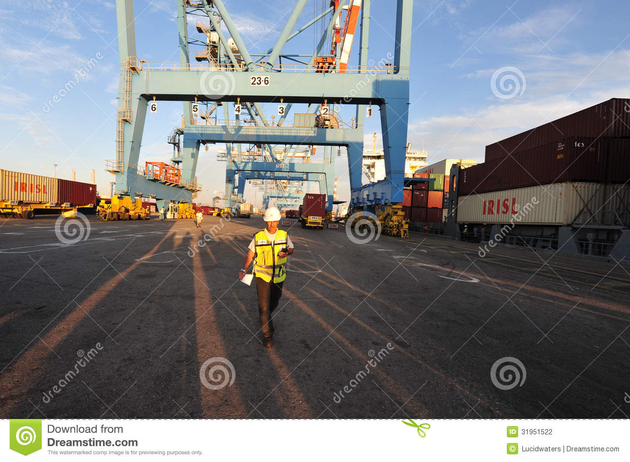 Download Docker - Port worker editorial photography. Image of boat - 31951522