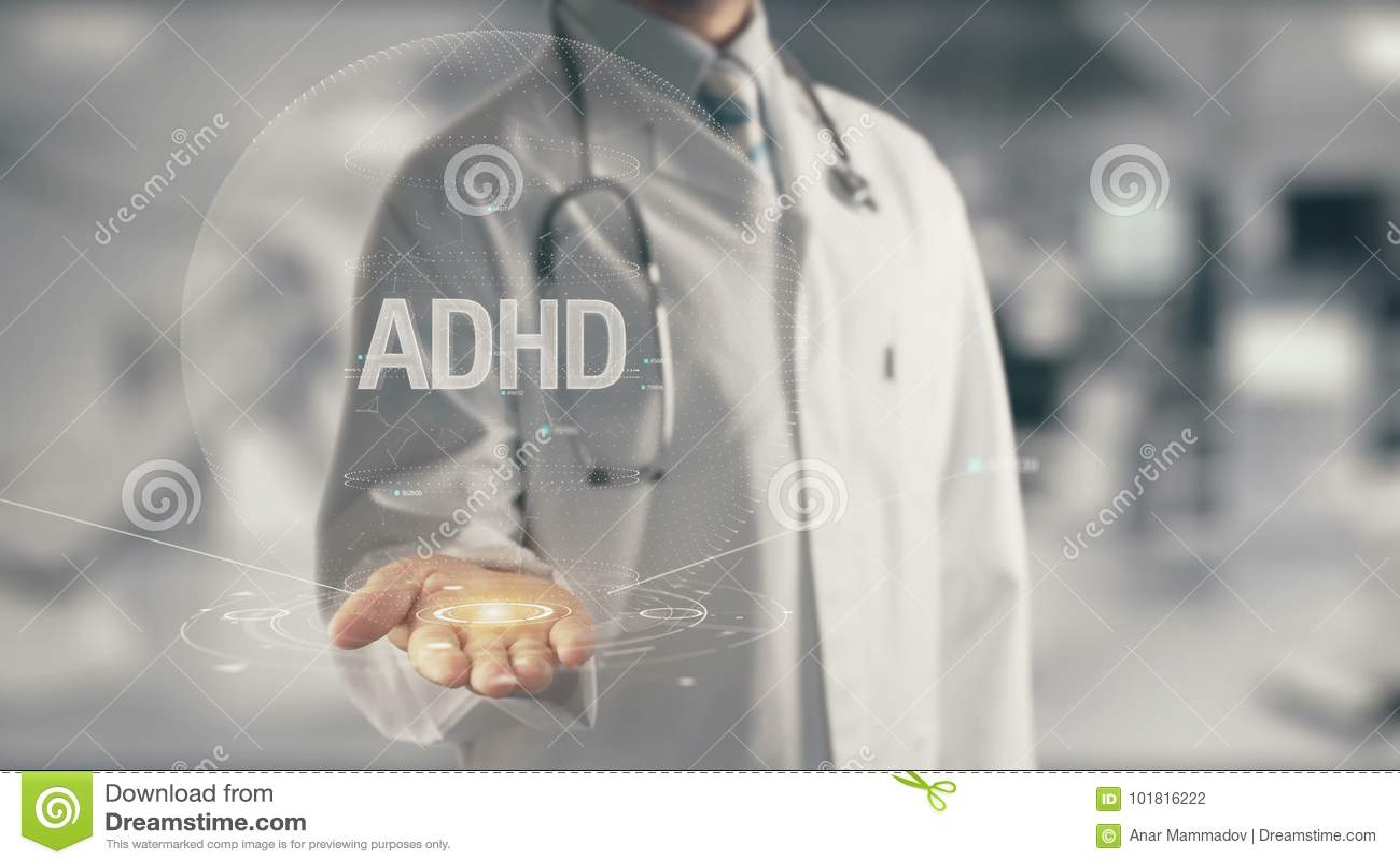 Docteur tenant ADHD disponible
