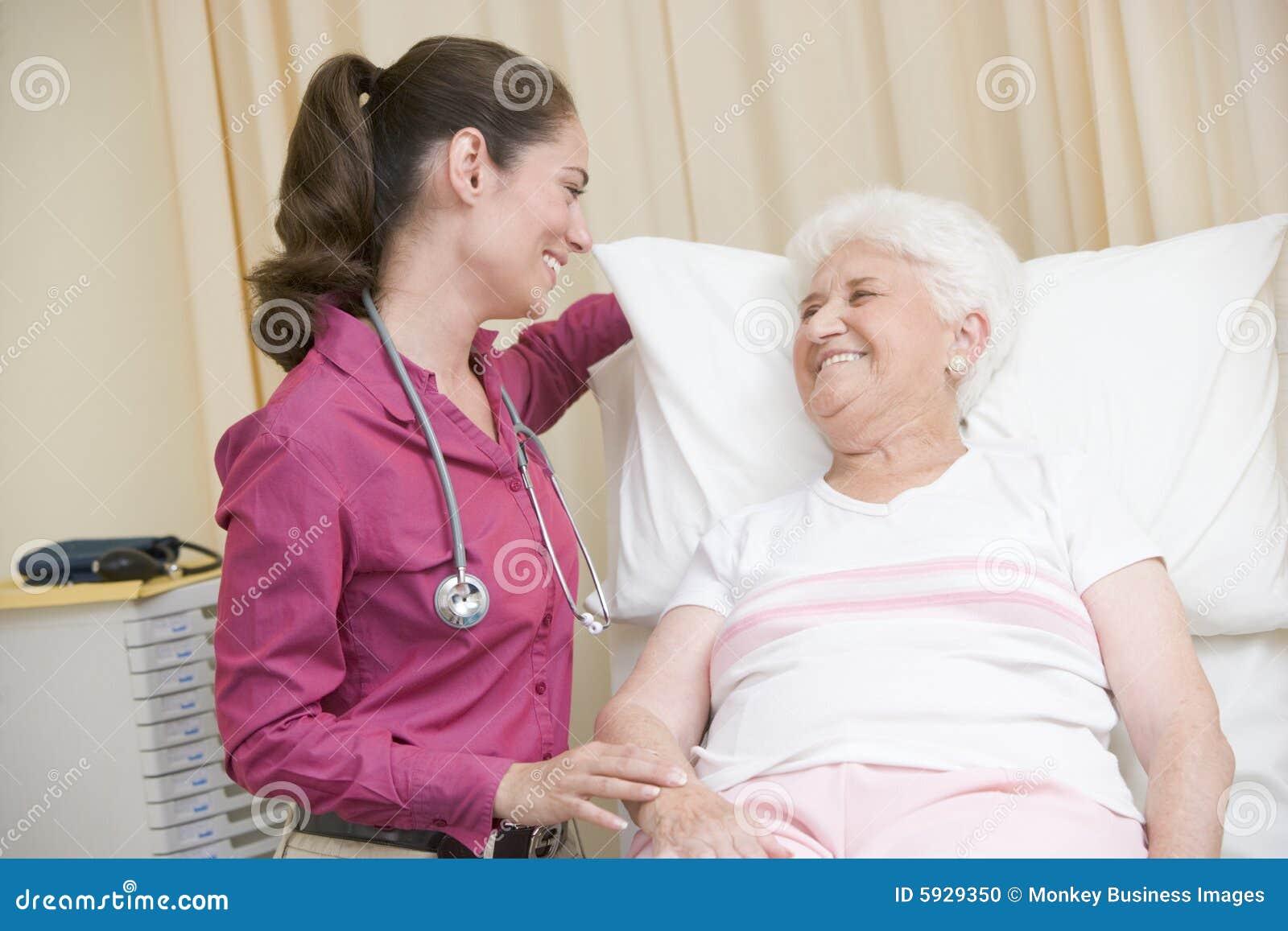 С врачом девушкой 12 фотография