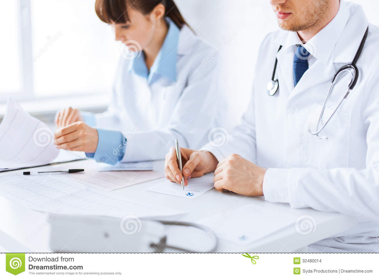 nurse prescribing essay In 1998, nurse prescribing was nationally introduced resulting from the first crown report of 1989 and the cumberlege report of 1986 both by the department of.