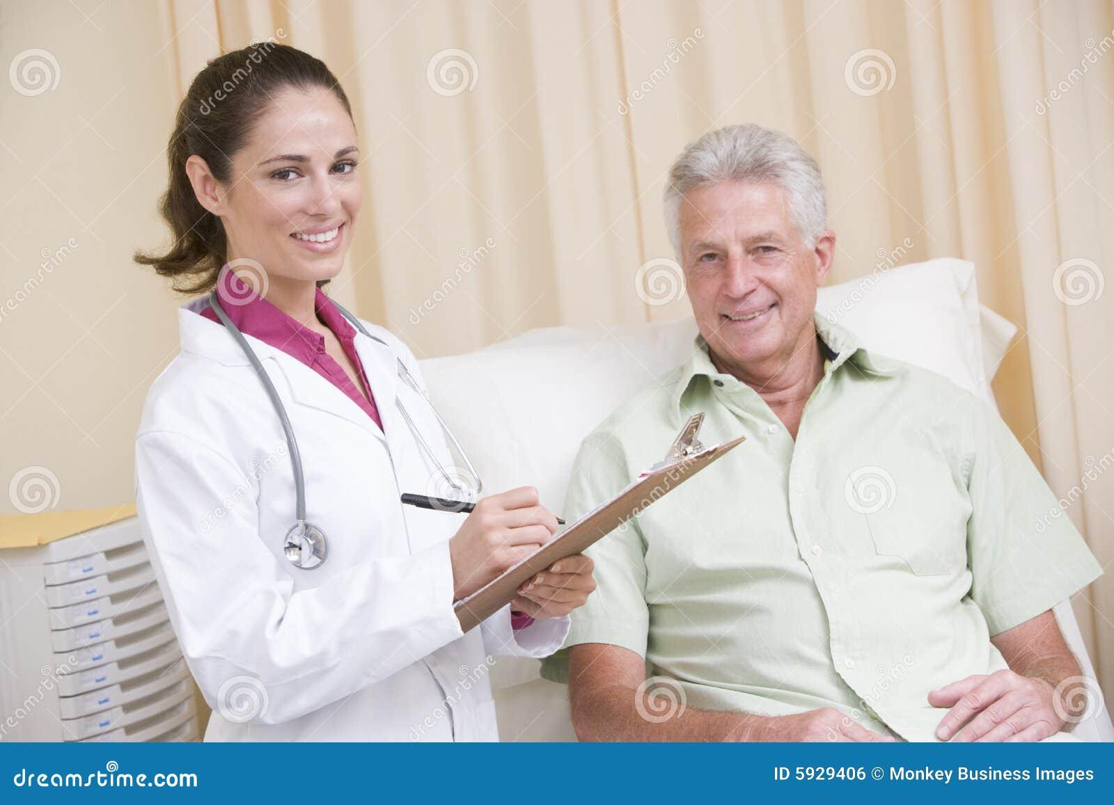 Прием у доктора дома 10 фотография