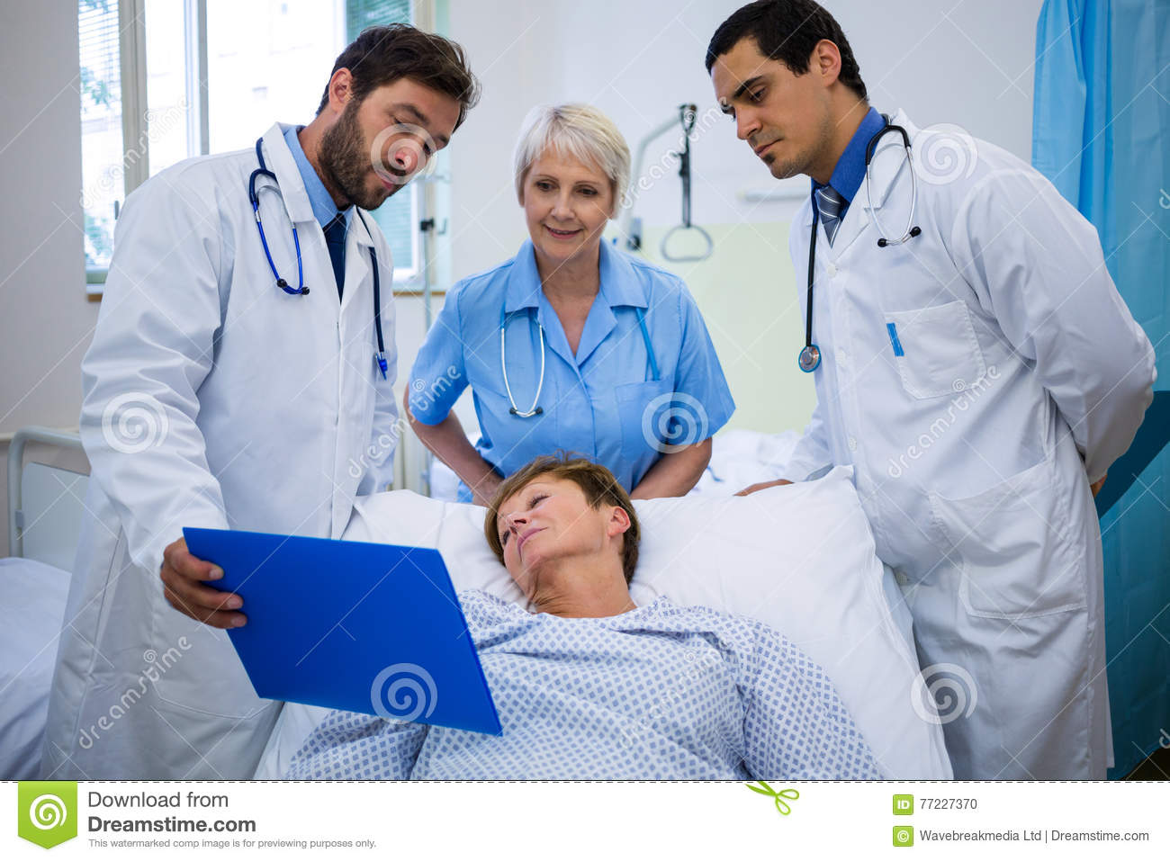 ccf7c924357 Doctors Showing Medical Report To Patient Stock Photo - Image of ...