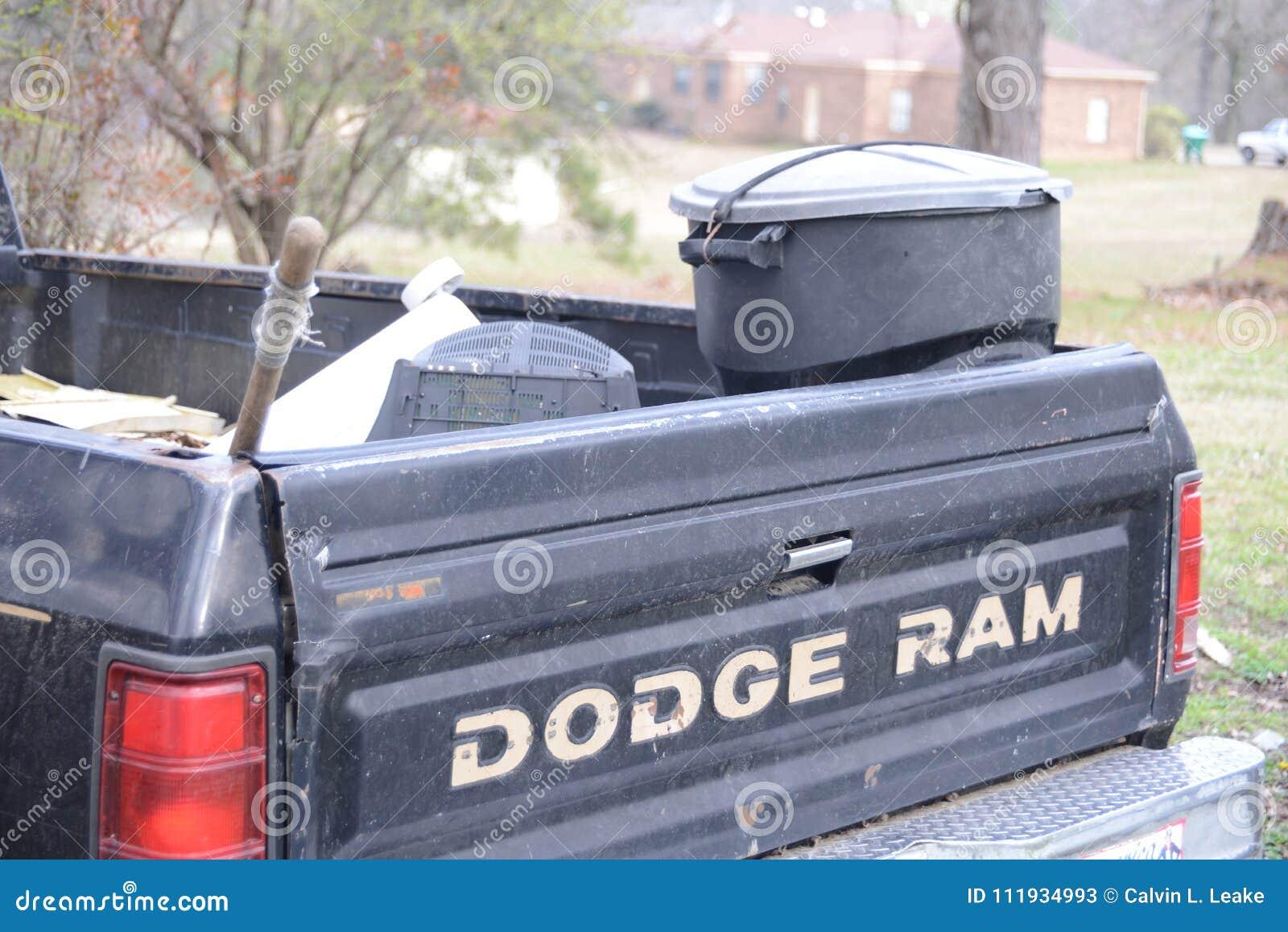 Dodge Ram Work Truck Foto De Archivo Editorial Imagen De Truck 111934993