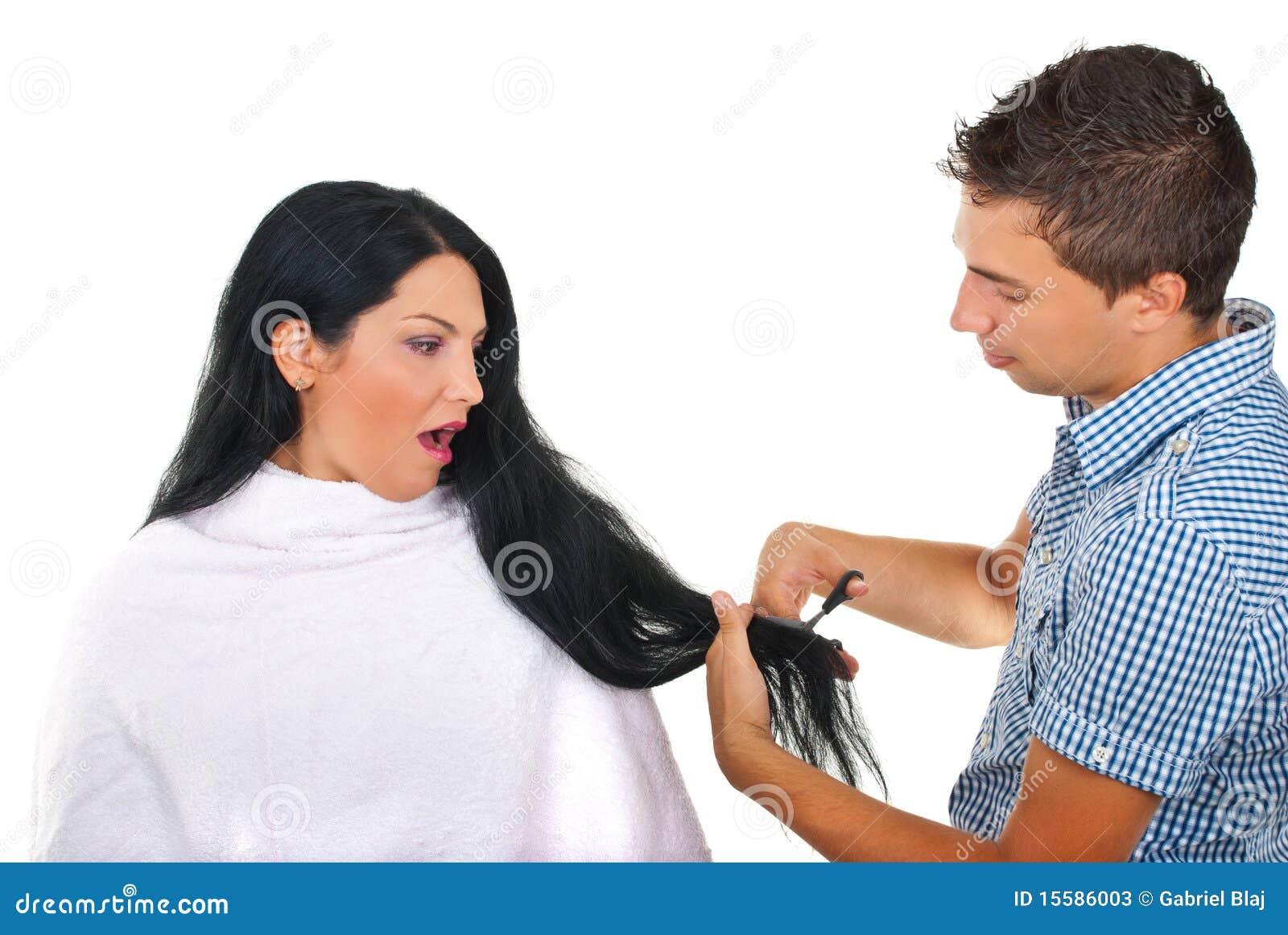 Doen schrikken vrouw en herenkapper bij haarsalon stock foto 39 s afbeelding 15586003 - Witte kapper ...
