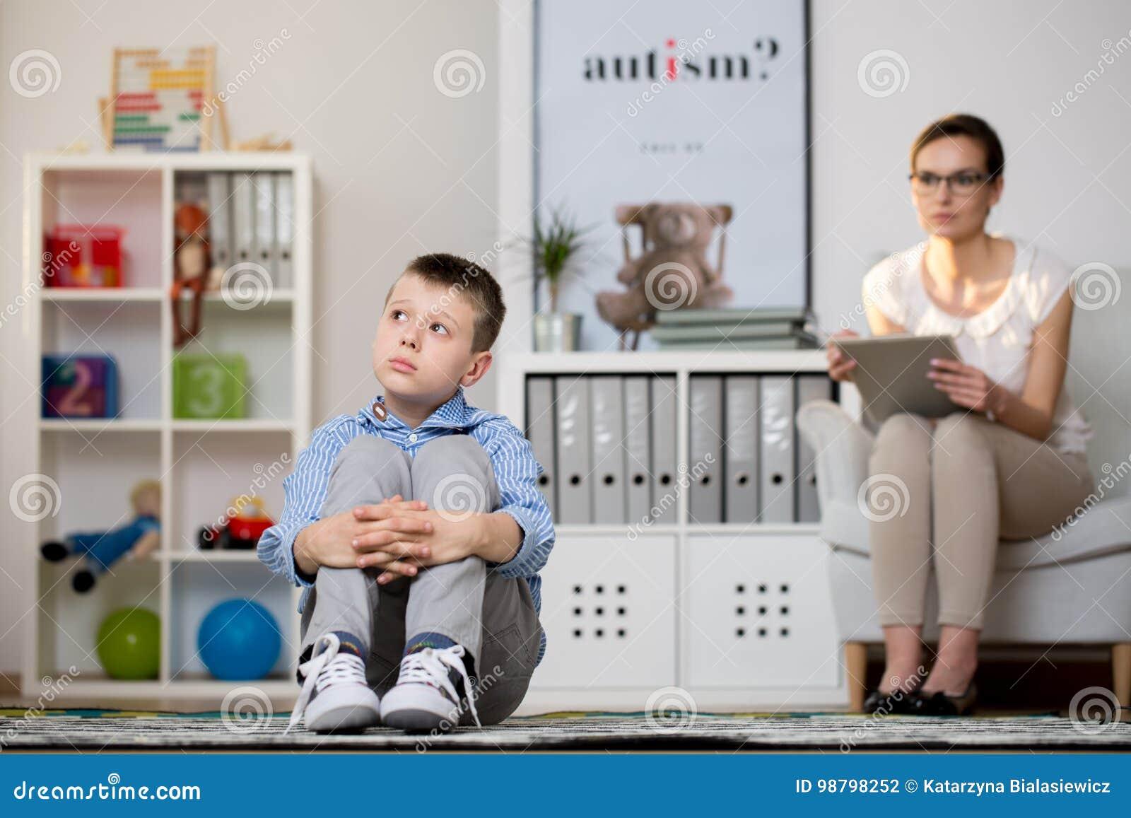 Doente da criança do autismo