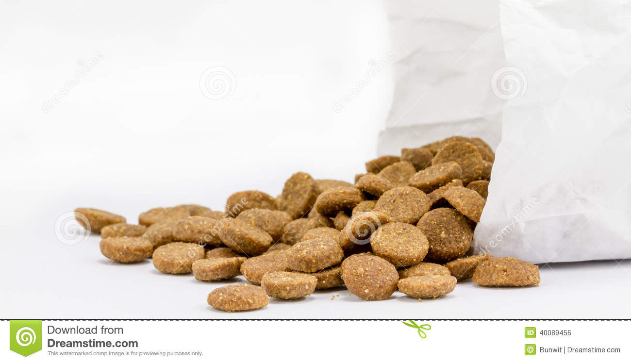 pet food essay This essay analyses why there should not be antibiotics in pet food looking at the issues from a different perspective, besides analyzing their effects on pets and some of the recommendations from experts.