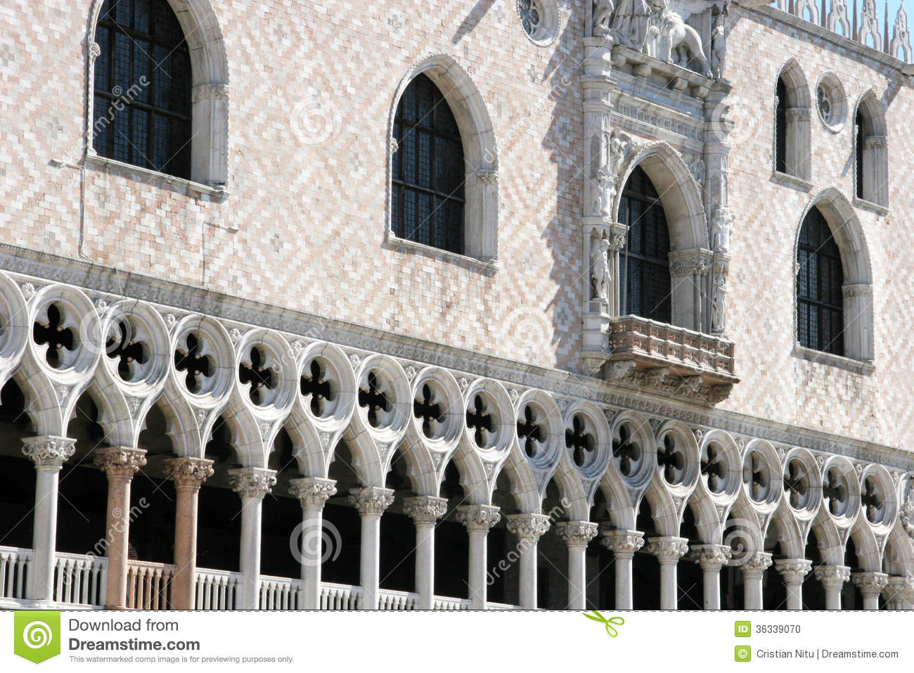 Doges palace venetian architecture stock photo image for Architecture venise