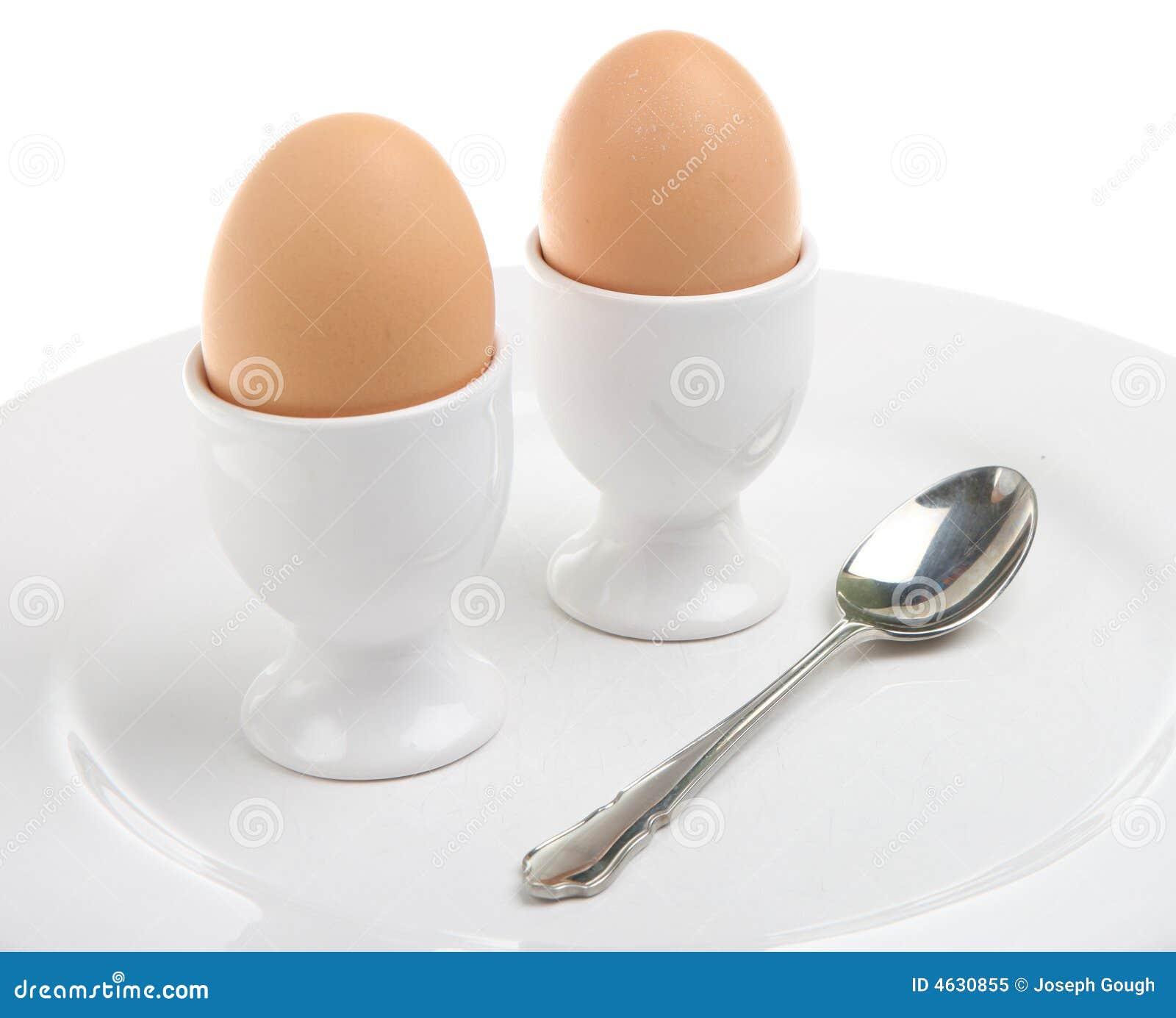 Dois ovos fervidos