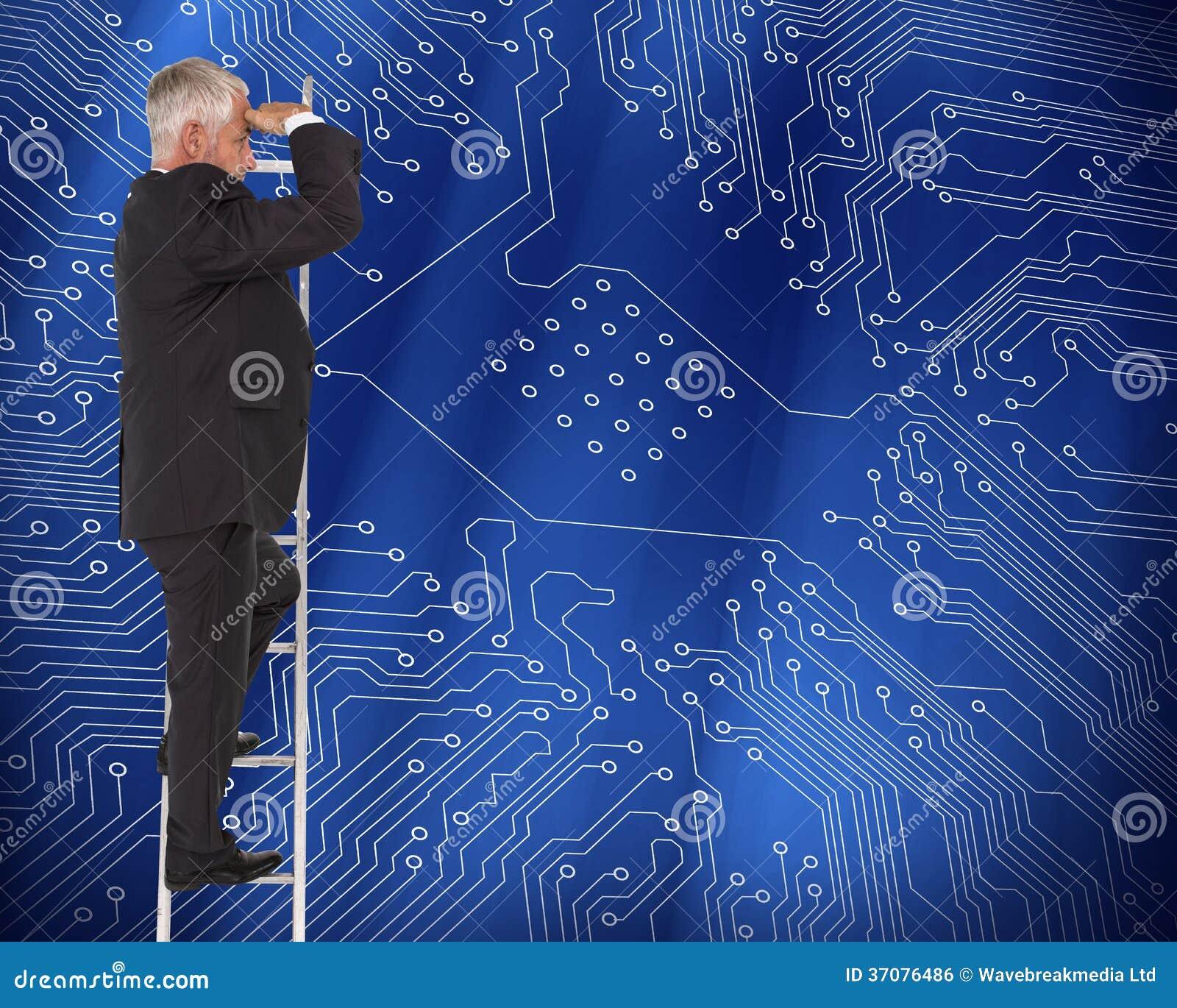 Download Dojrzała Biznesmen Pozycja Na Drabinie Zdjęcie Stock - Obraz złożonej z kostium, profesjonalizm: 37076486