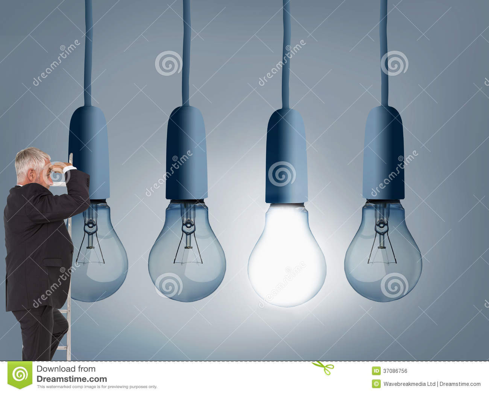 Download Dojrzała Biznesmen Pozycja Na Drabinie Zdjęcie Stock - Obraz złożonej z elektryczny, światło: 37086756