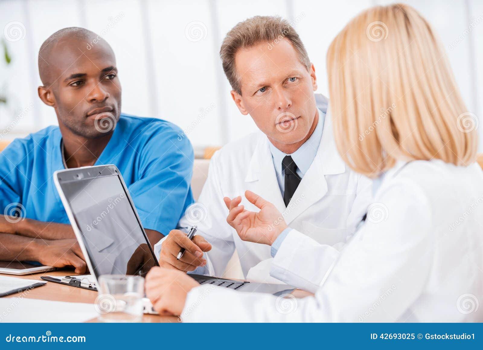 Doktorer på mötet