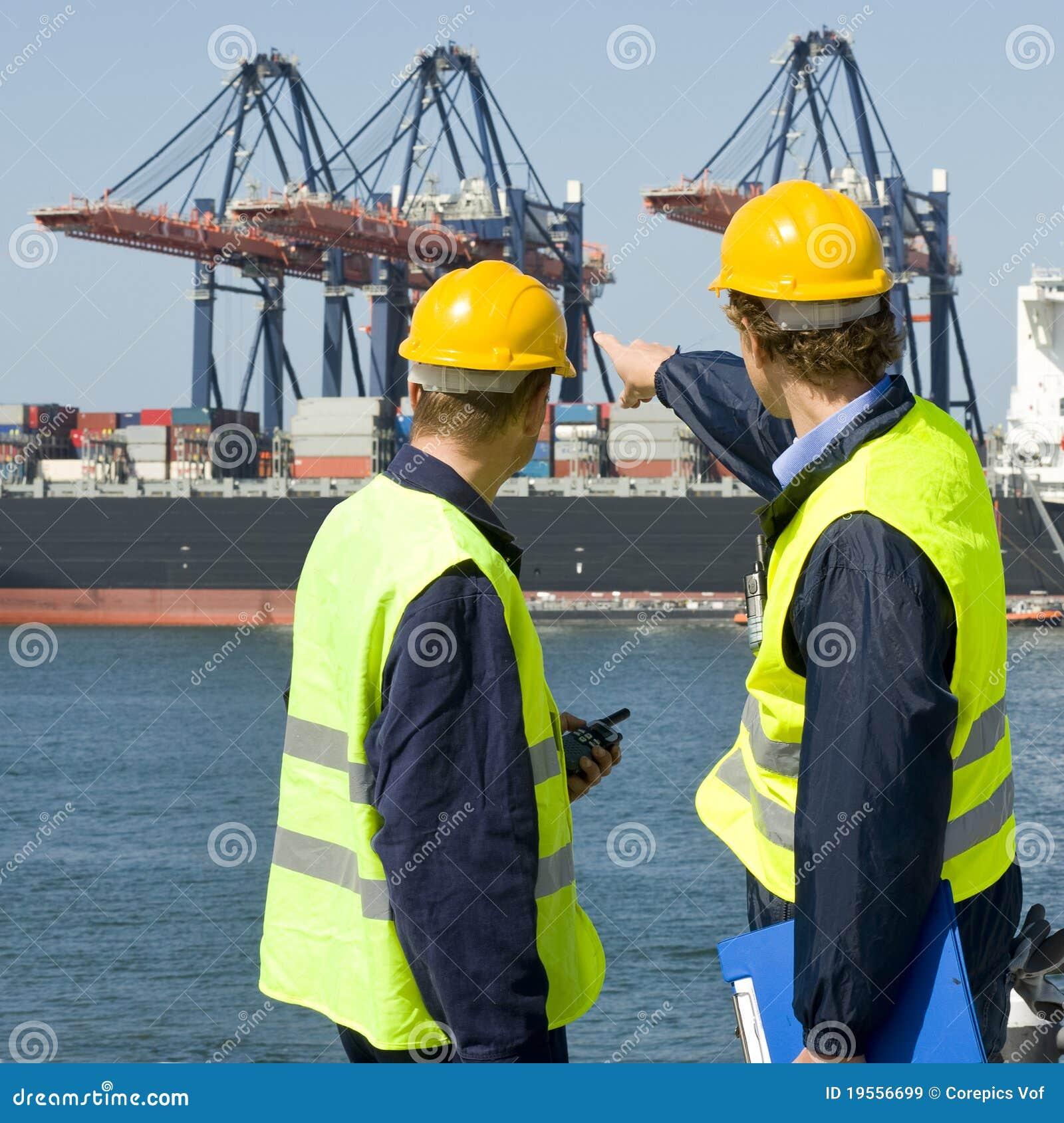 Dokwerkers in bespreking