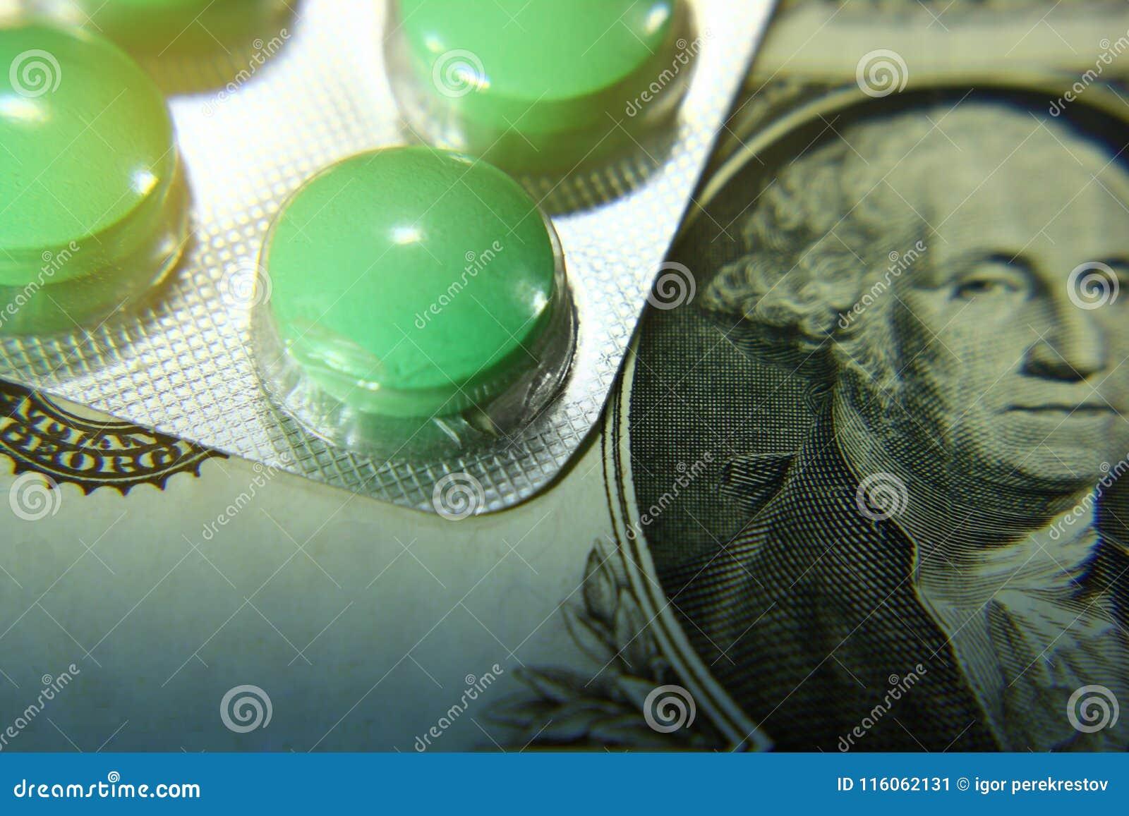Dolar, wydatek na zdrowie lub pomoc finansowa, wysoki koszt drogi leka pojęcie