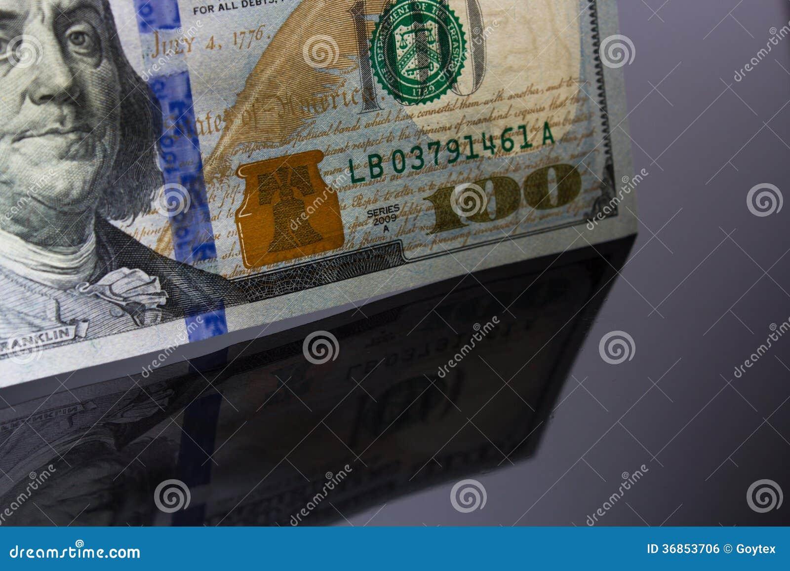 Dolarowi rachunki