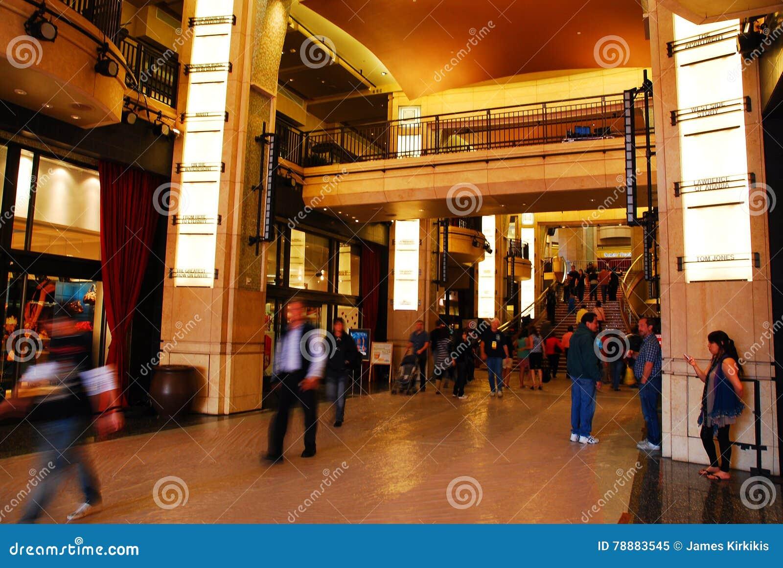 Dolby teatru lobby